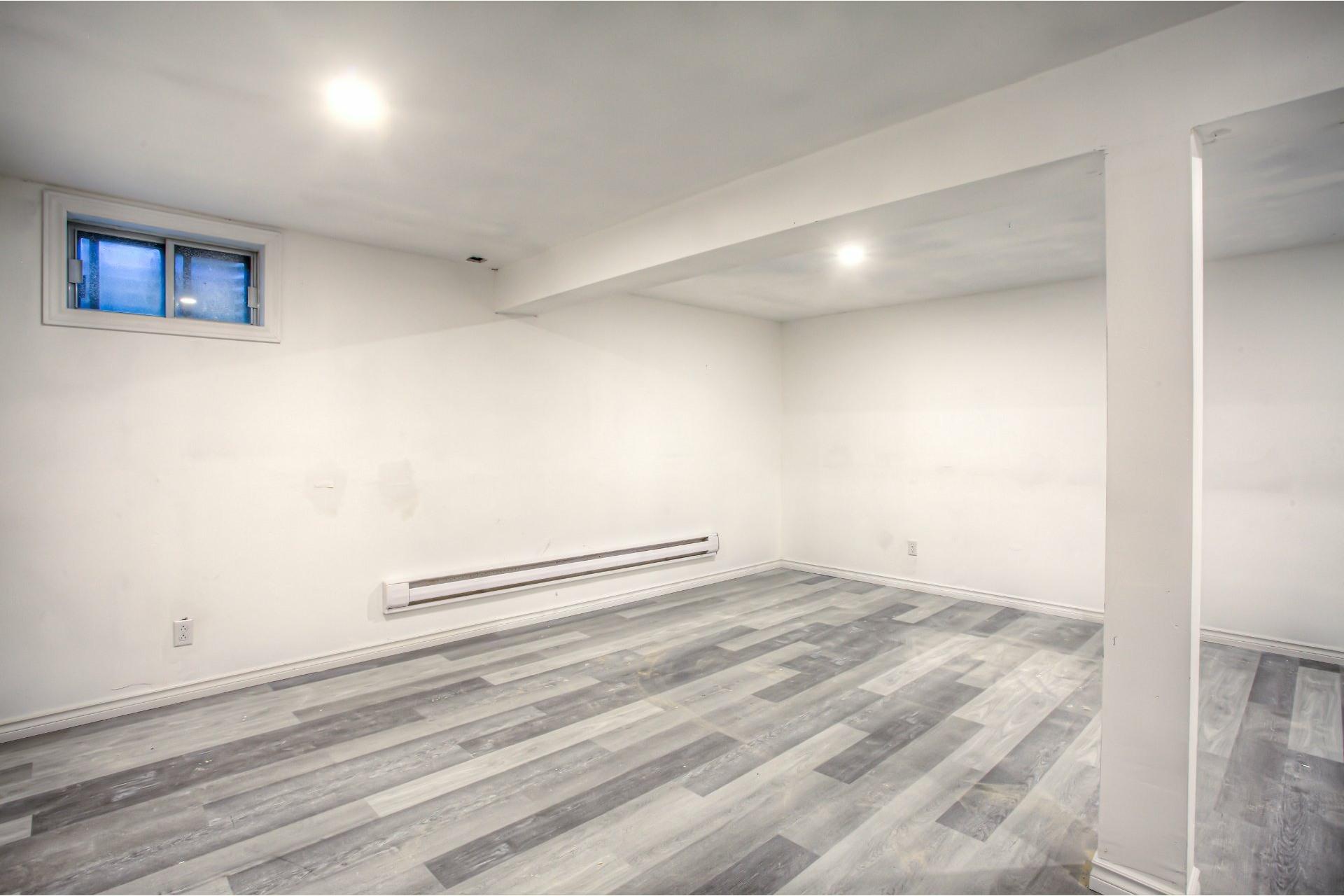 image 18 - House For sale Dollard-Des Ormeaux - 7 rooms