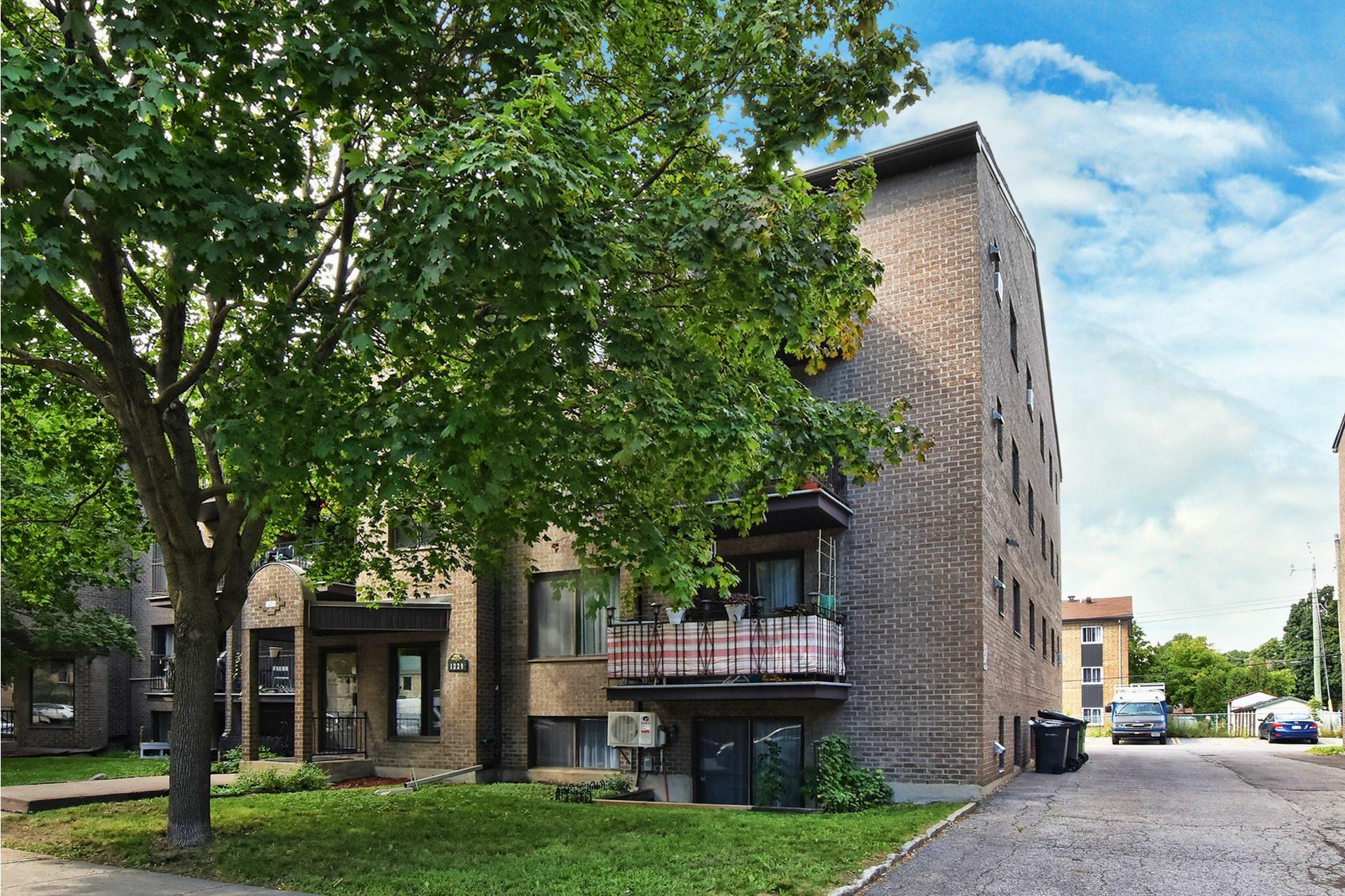 image 22 - Appartement À vendre Rivière-des-Prairies/Pointe-aux-Trembles Montréal  - 6 pièces