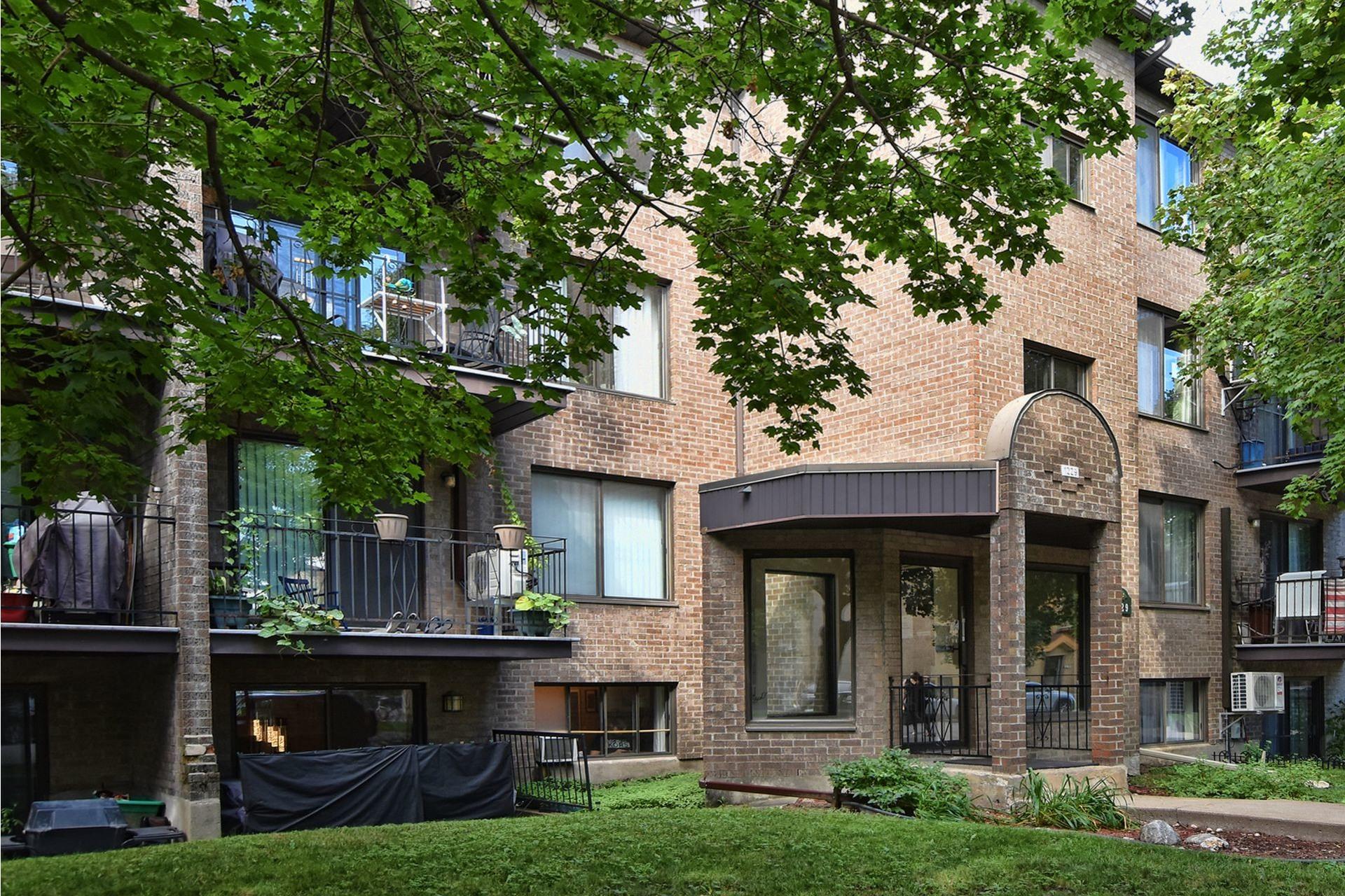 image 0 - Appartement À vendre Rivière-des-Prairies/Pointe-aux-Trembles Montréal  - 6 pièces