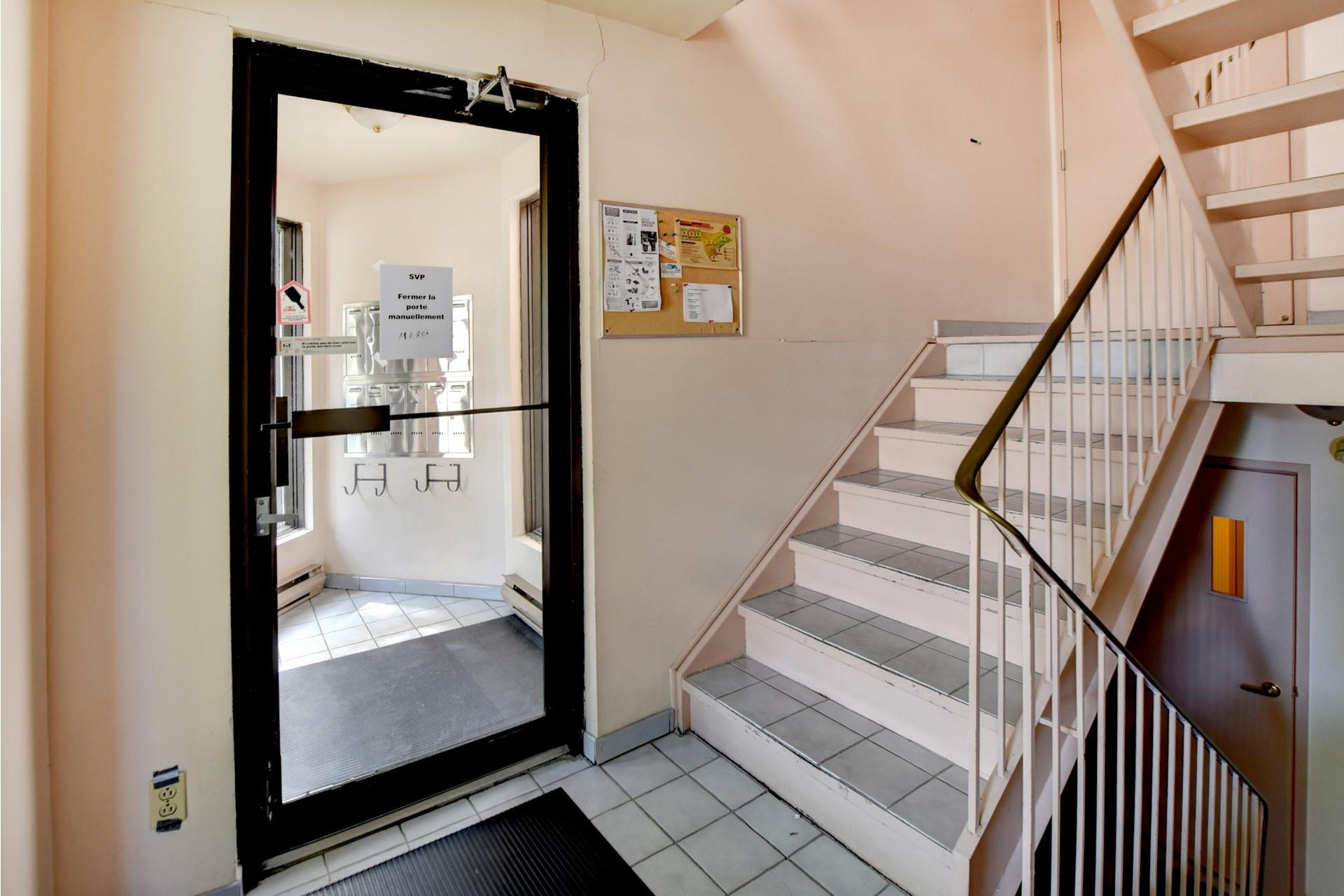 image 18 - Appartement À vendre Rivière-des-Prairies/Pointe-aux-Trembles Montréal  - 6 pièces