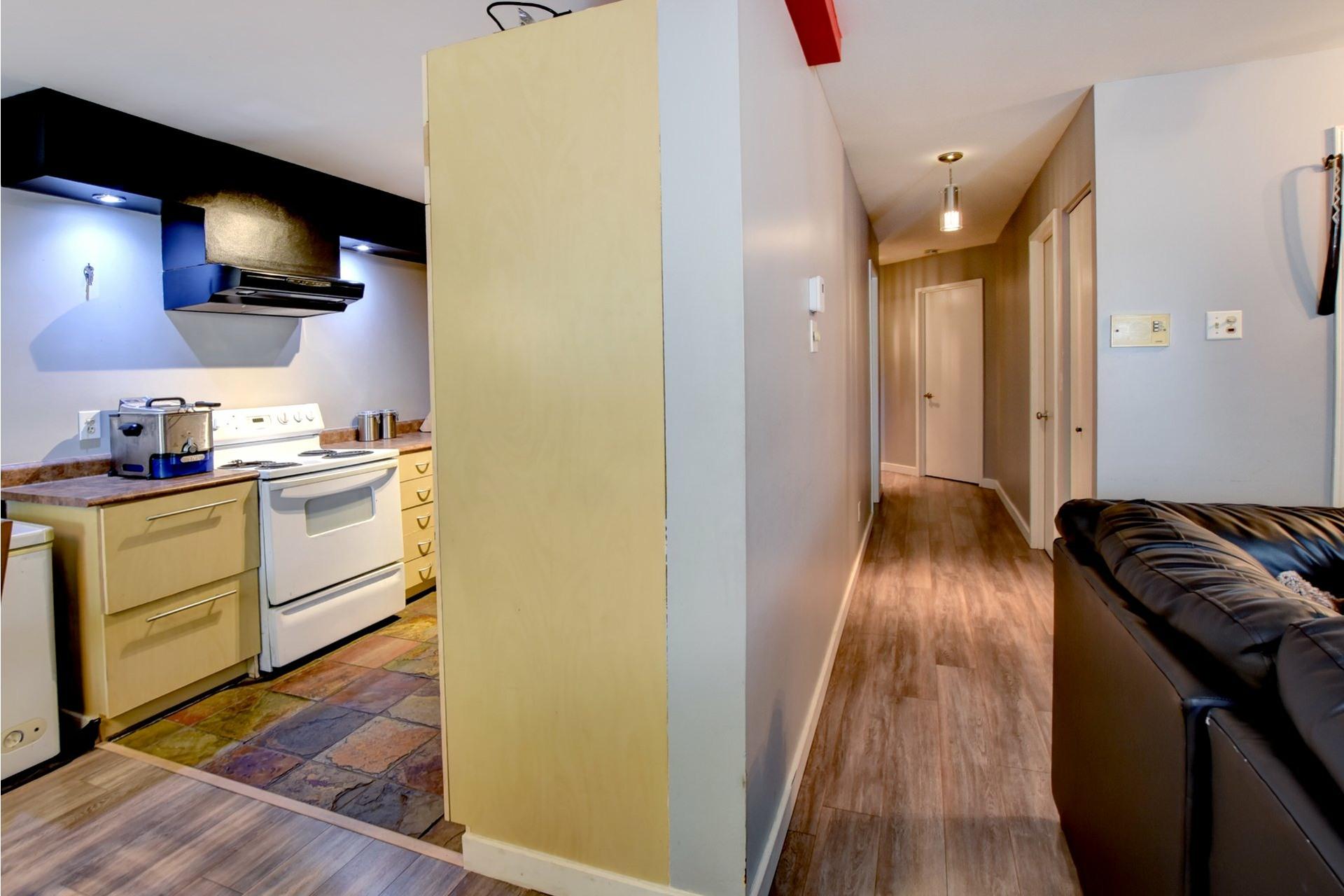 image 9 - Appartement À vendre Rivière-des-Prairies/Pointe-aux-Trembles Montréal  - 6 pièces