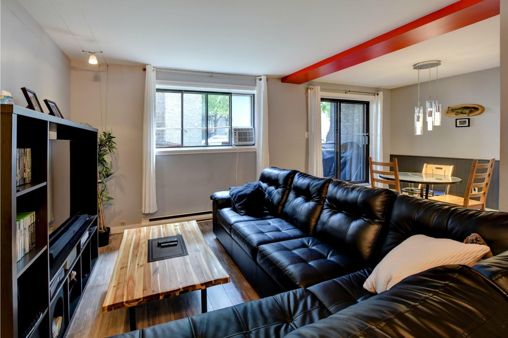 image 2 - Appartement À vendre Rivière-des-Prairies/Pointe-aux-Trembles Montréal  - 6 pièces