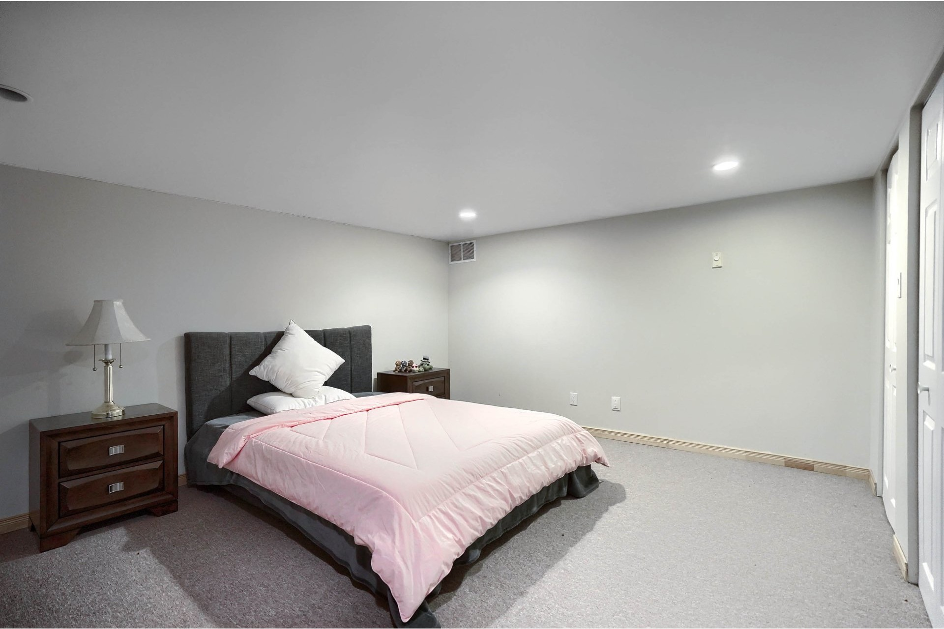 image 26 - House For sale Brossard - 18 rooms