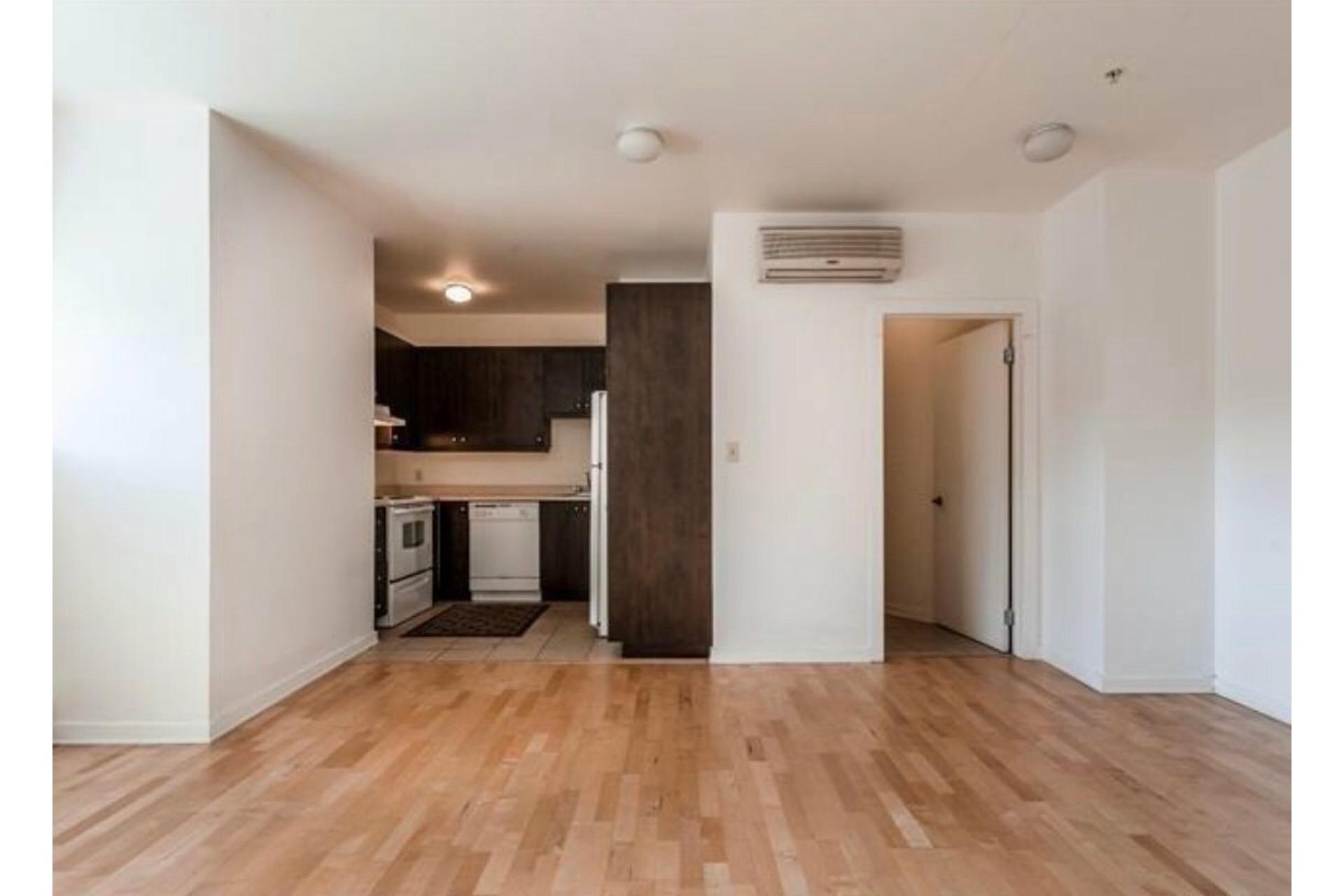 image 5 - Apartment For sale Côte-des-Neiges/Notre-Dame-de-Grâce Montréal  - 6 rooms