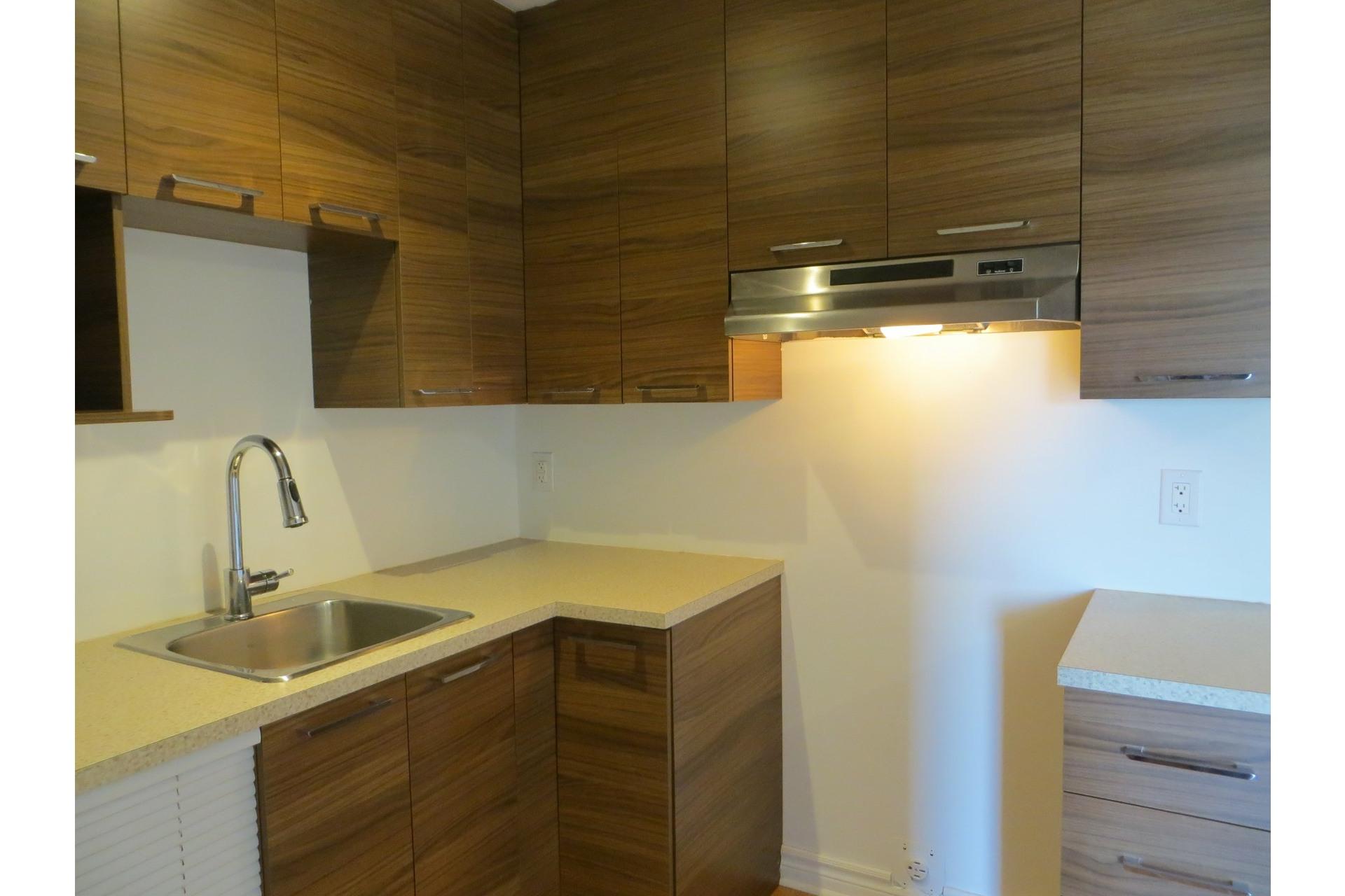 image 21 - Departamento En venta Laval-des-Rapides Laval  - 5 habitaciones