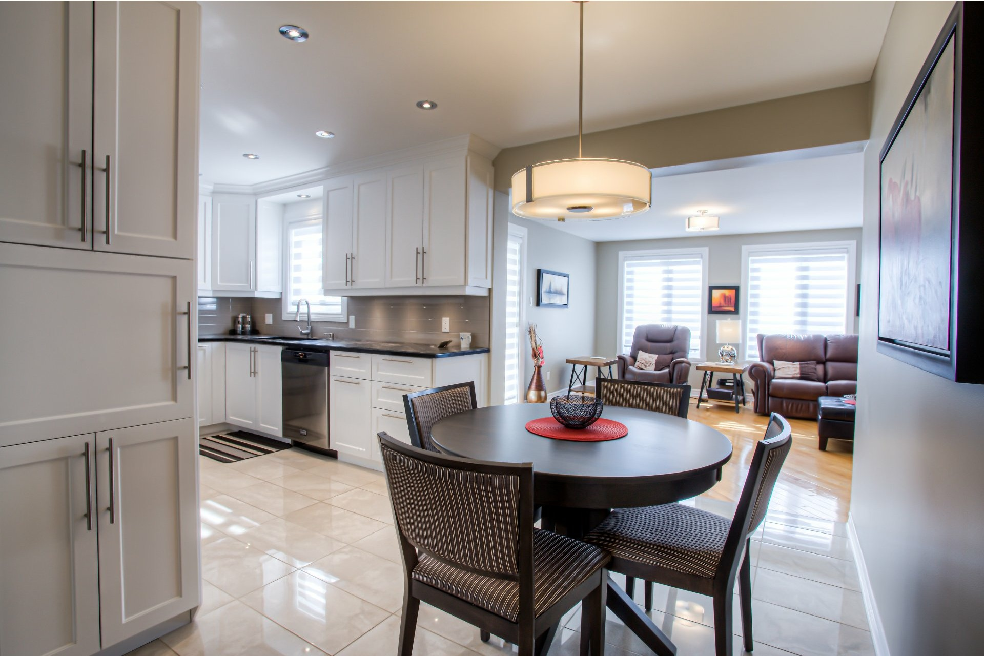image 5 - House For sale Vaudreuil-Dorion - 11 rooms
