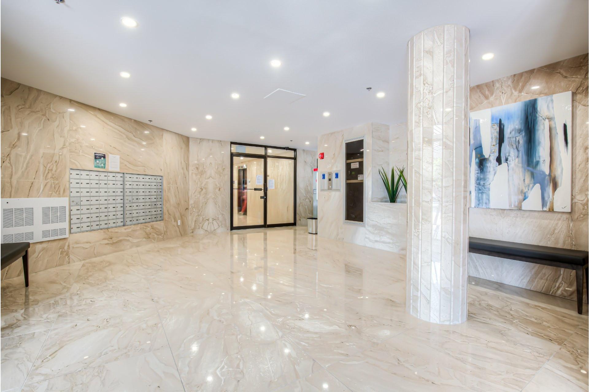 image 1 - Apartment For sale Pierrefonds-Roxboro Montréal  - 5 rooms