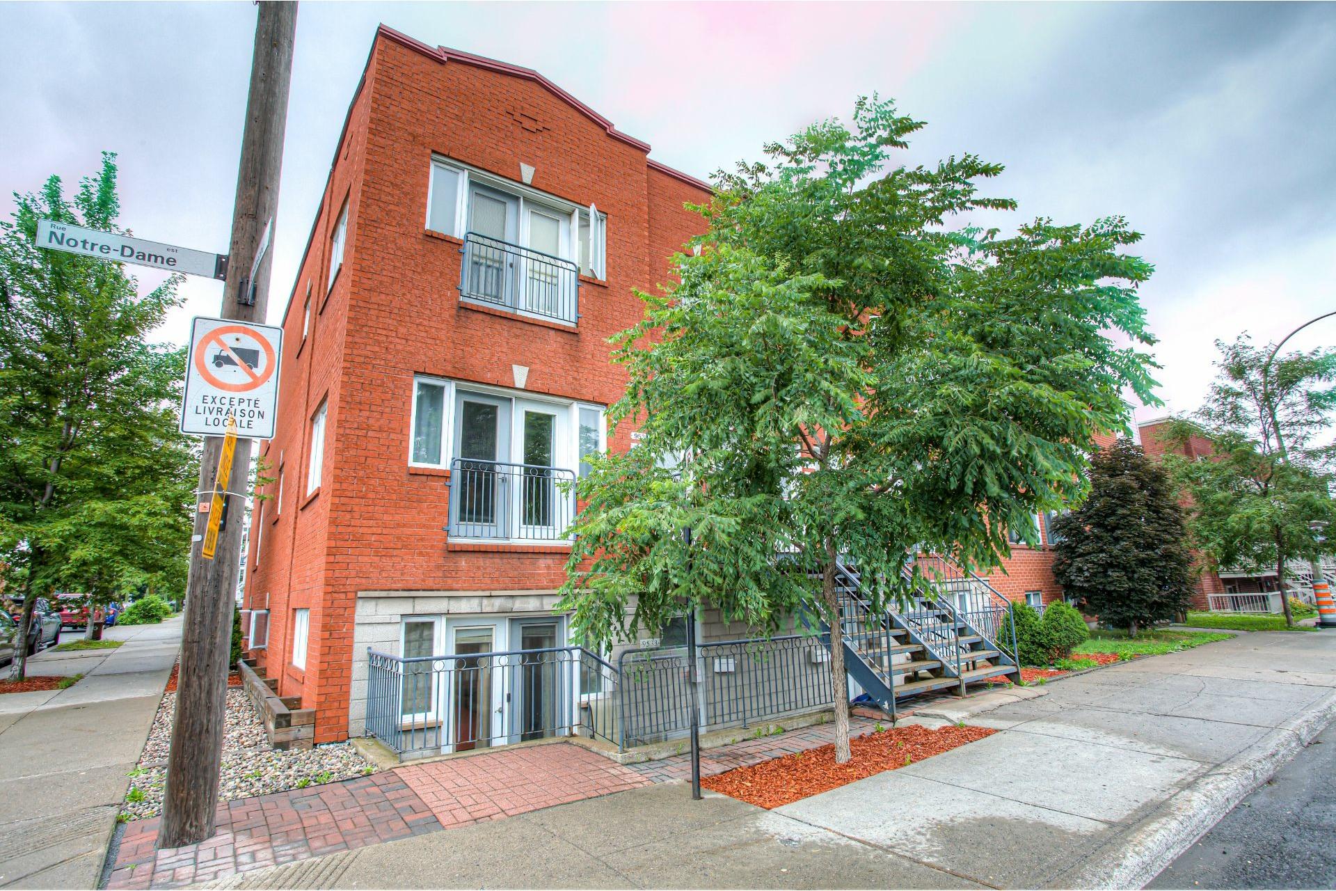 image 1 - Appartement À vendre Mercier/Hochelaga-Maisonneuve Montréal  - 6 pièces