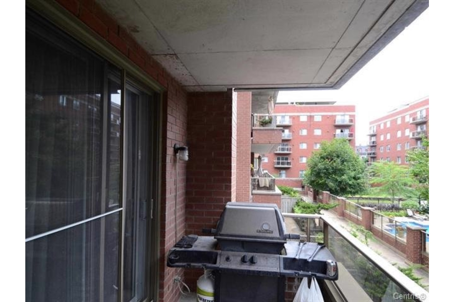image 13 - Apartment For sale Ville-Marie Montréal  - 4 rooms