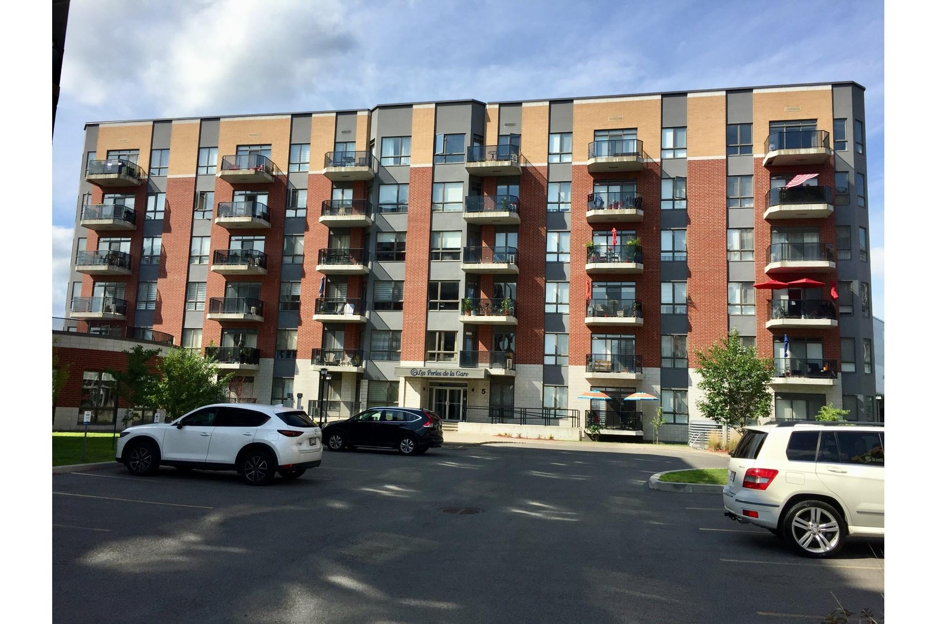 image 2 - Appartement À louer Vaudreuil-Dorion - 5 pièces