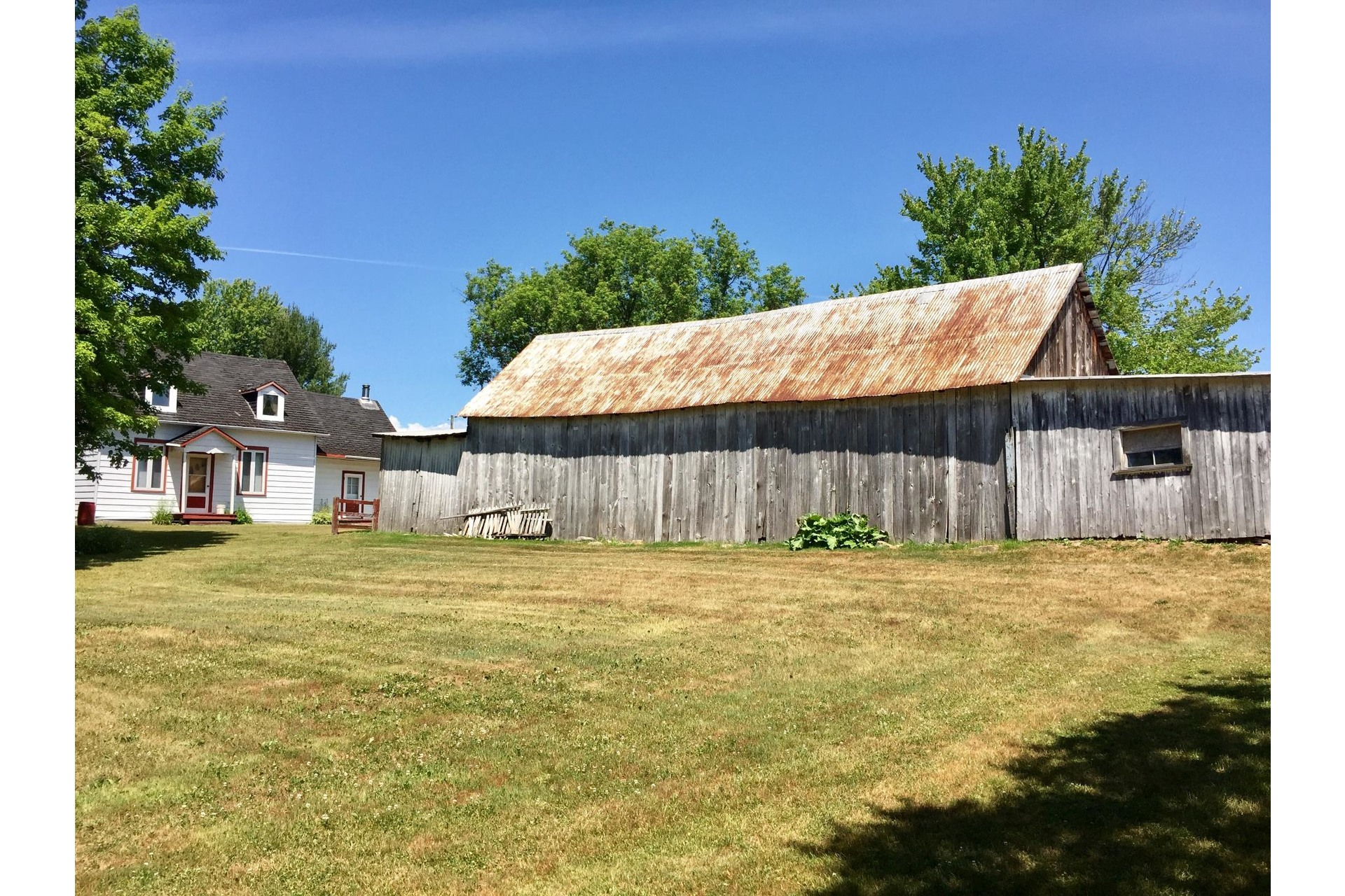 image 27 - Farmhouse For sale Rigaud - 8 rooms