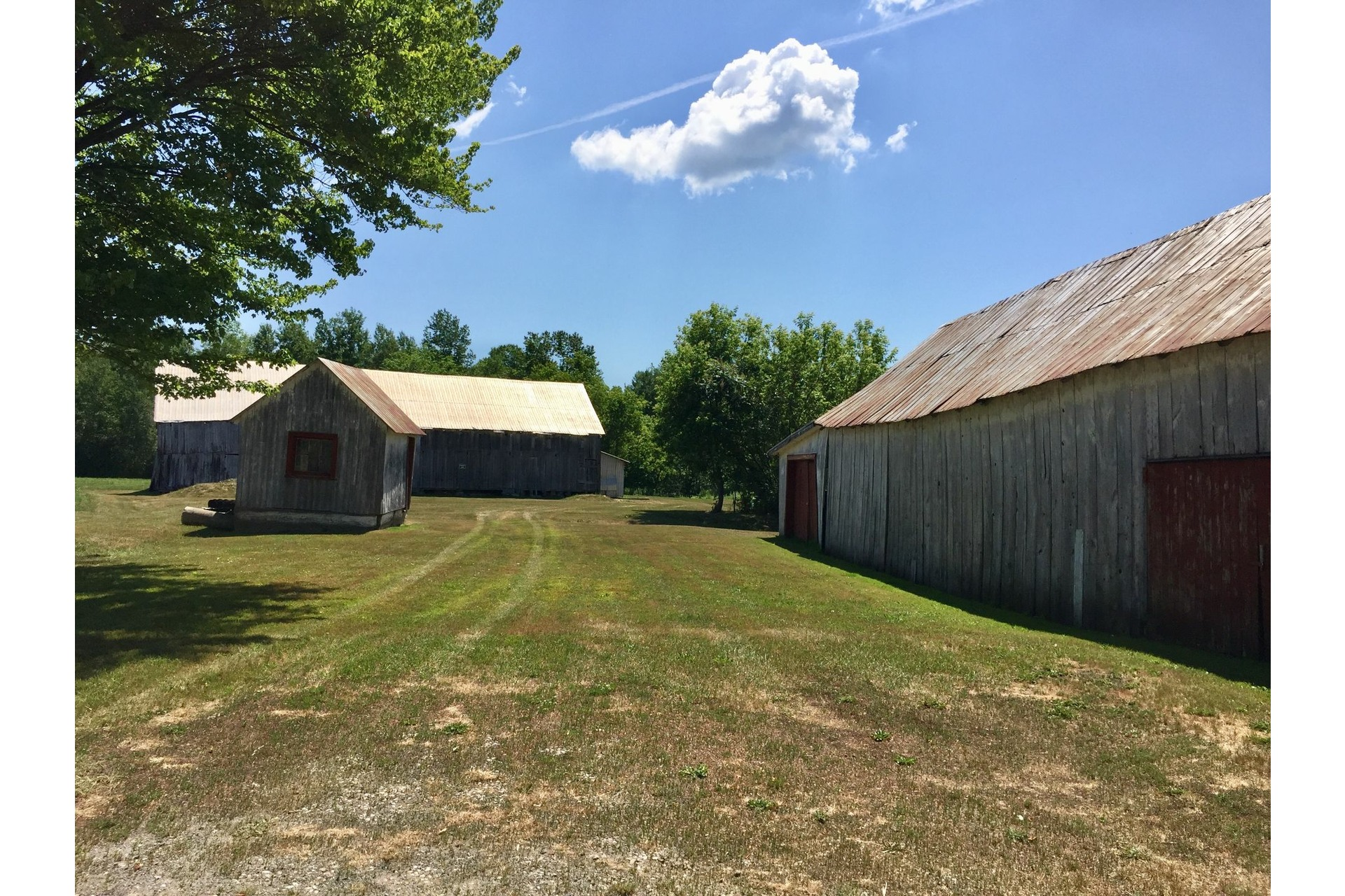 image 22 - Farmhouse For sale Rigaud - 8 rooms