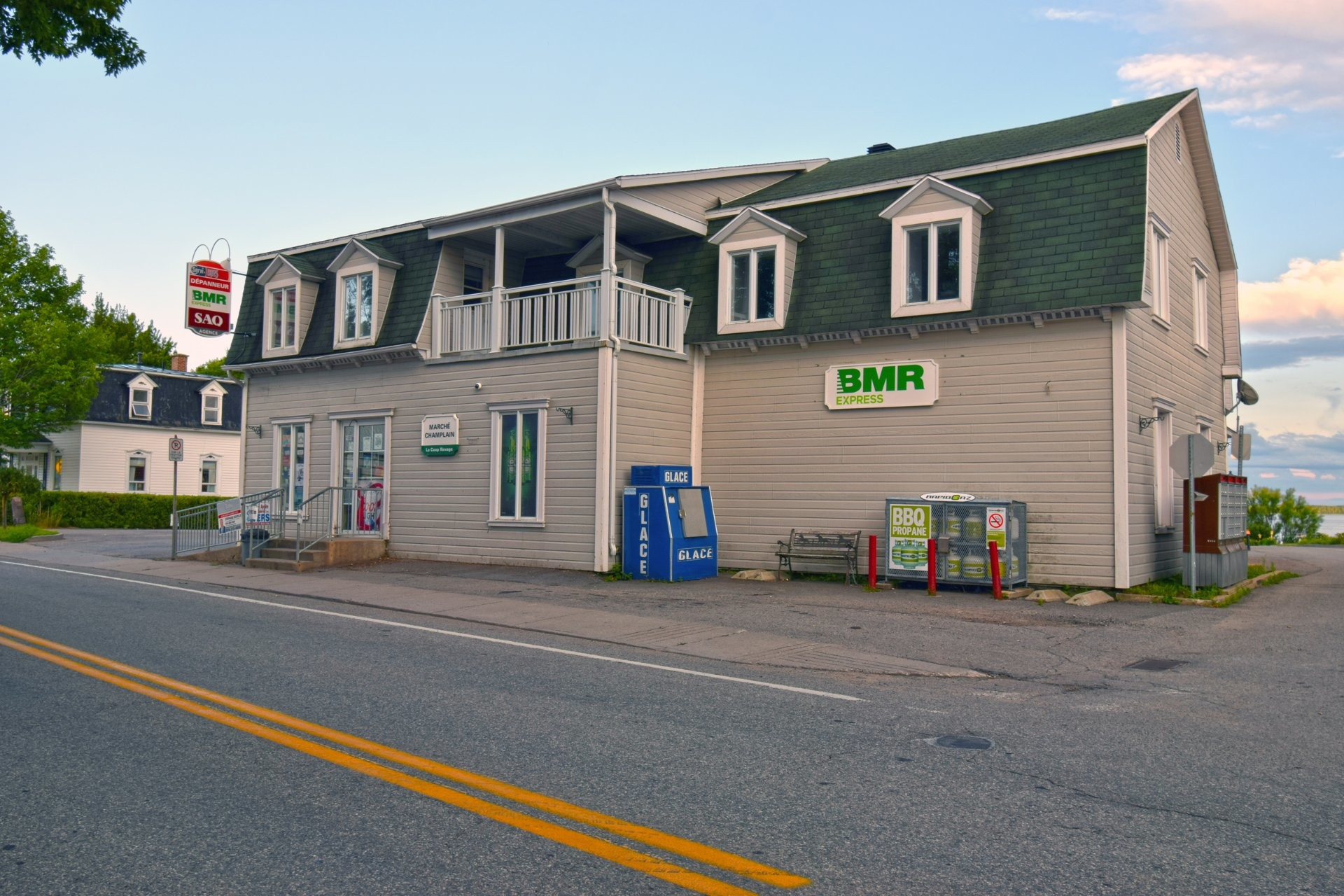 image 35 - Commercial Use For sale Champlain