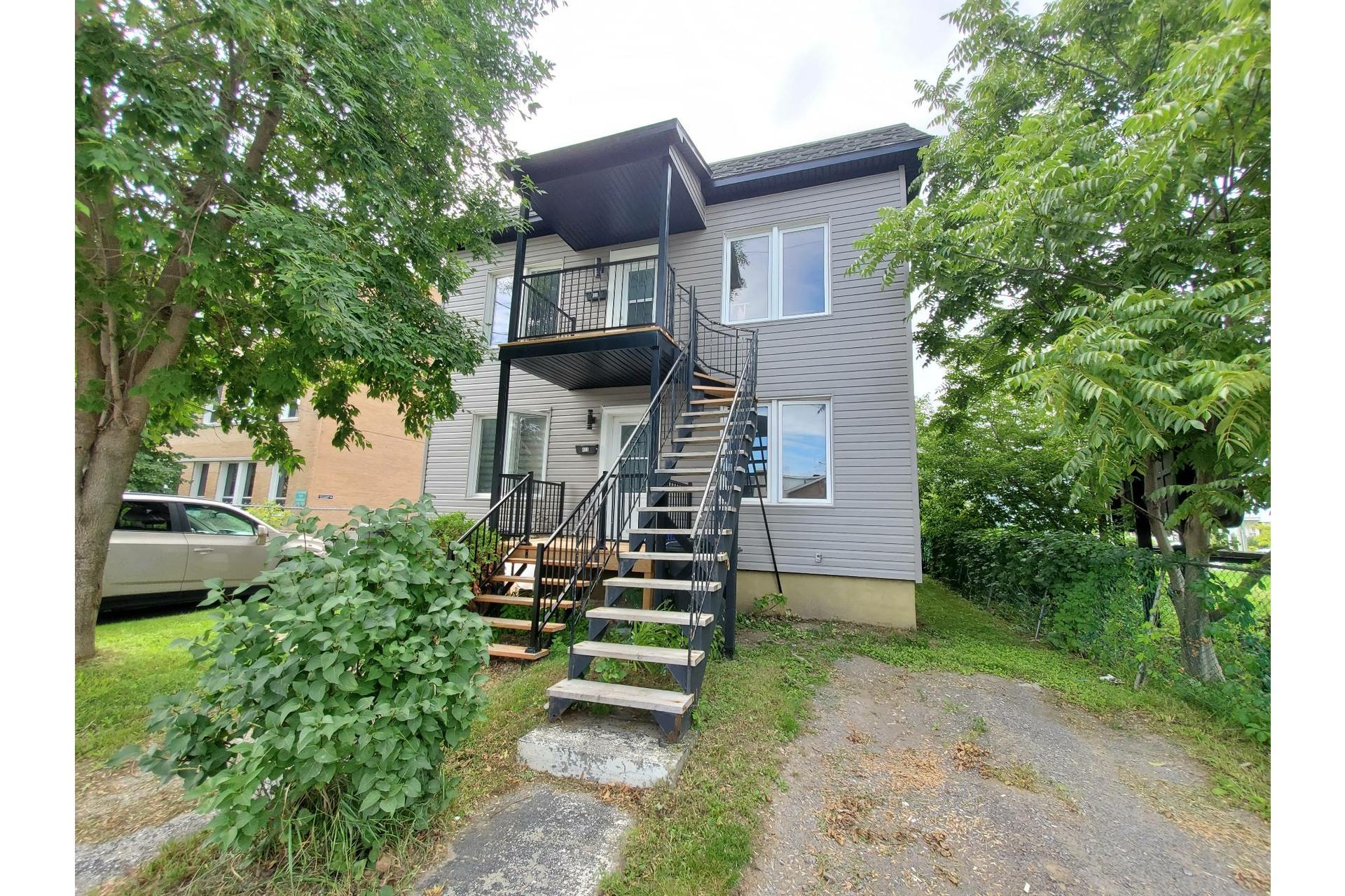 image 0 - Duplex For sale Trois-Rivières - 9 rooms