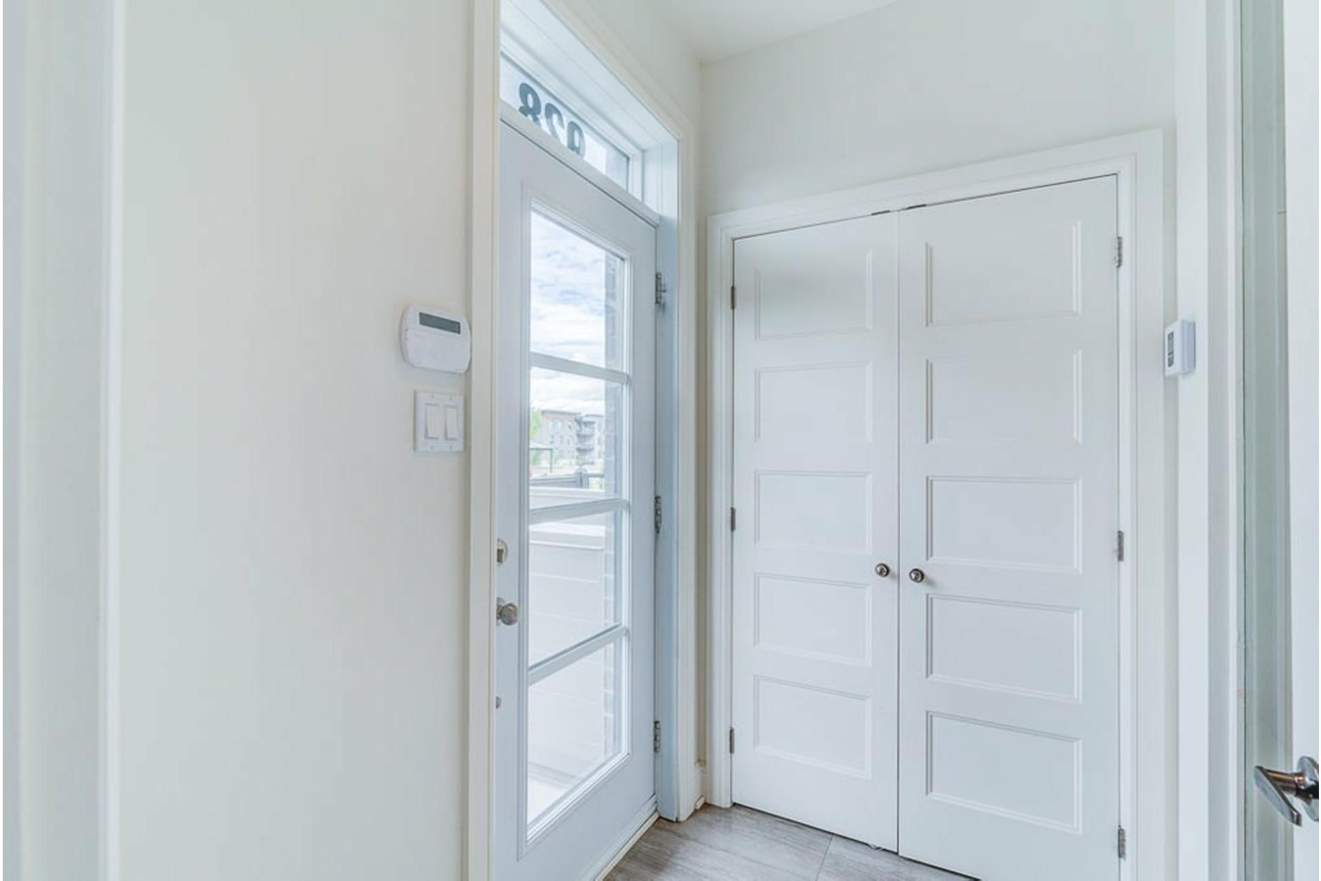 image 1 - Appartement À vendre Terrebonne Terrebonne  - 6 pièces