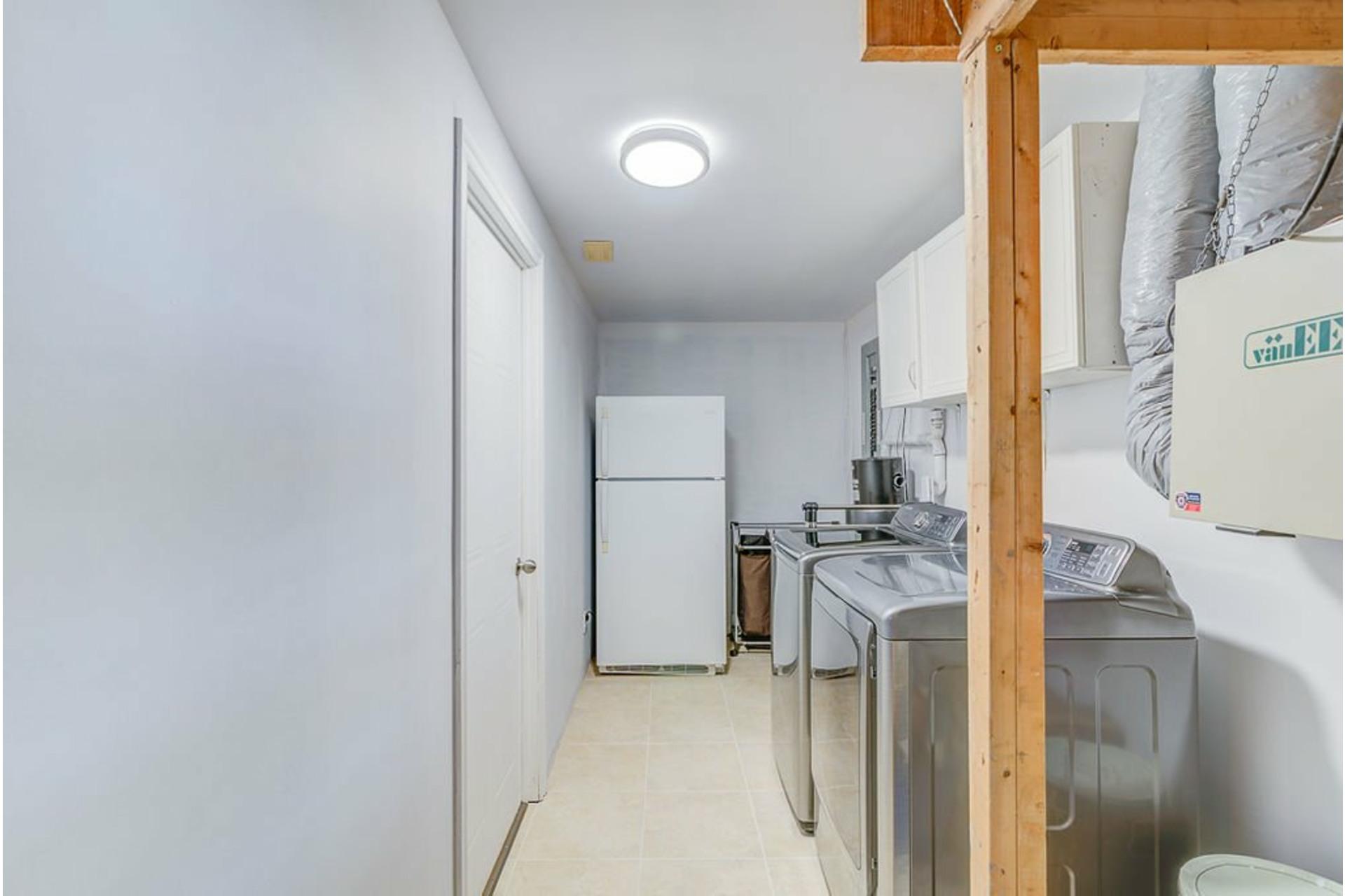 image 24 - Maison À vendre Sainte-Anne-des-Plaines - 10 pièces