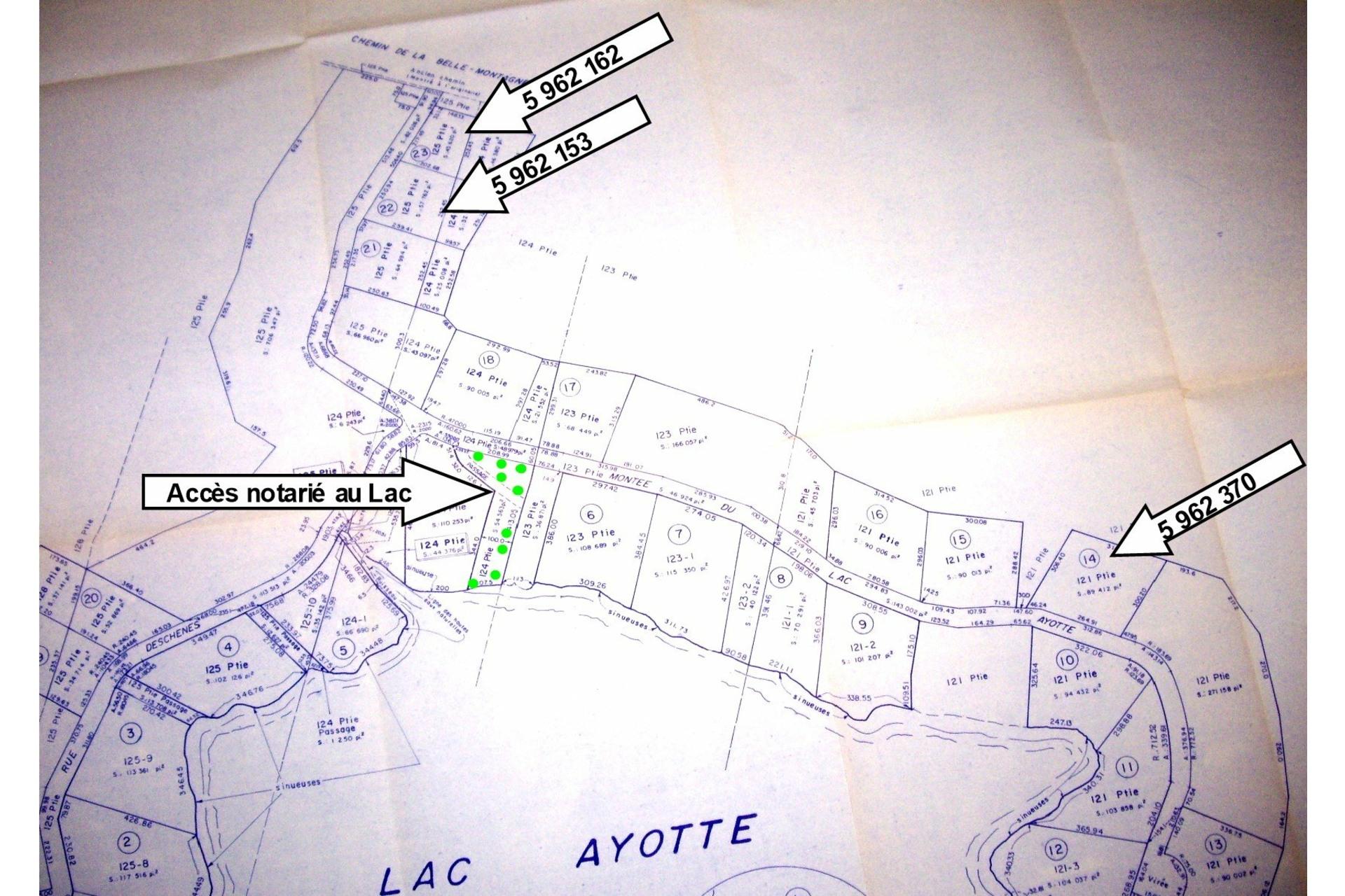 image 1 - Land For sale Sainte-Béatrix