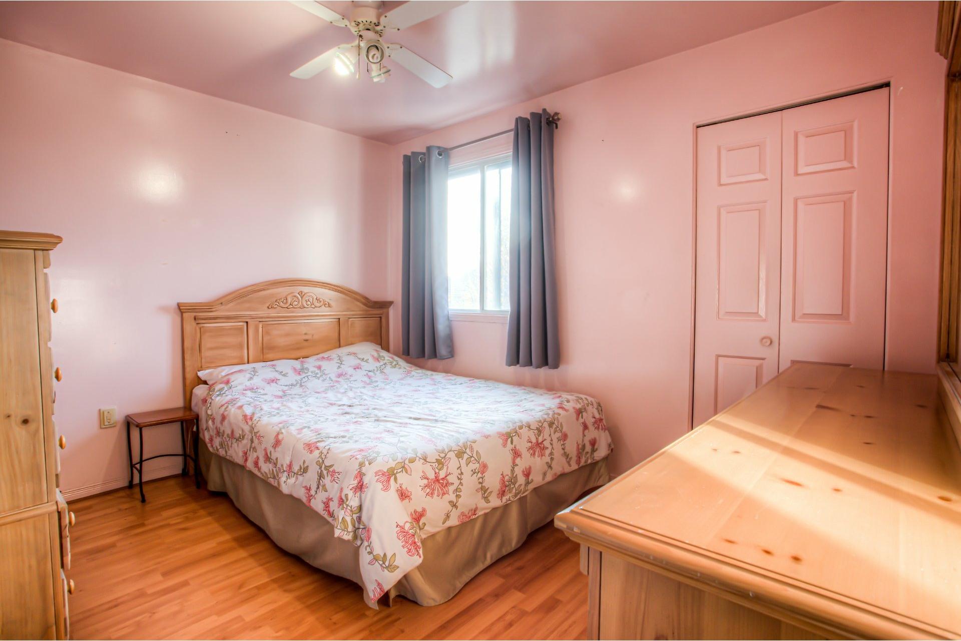 image 19 - House For sale Pierrefonds-Roxboro Montréal  - 8 rooms