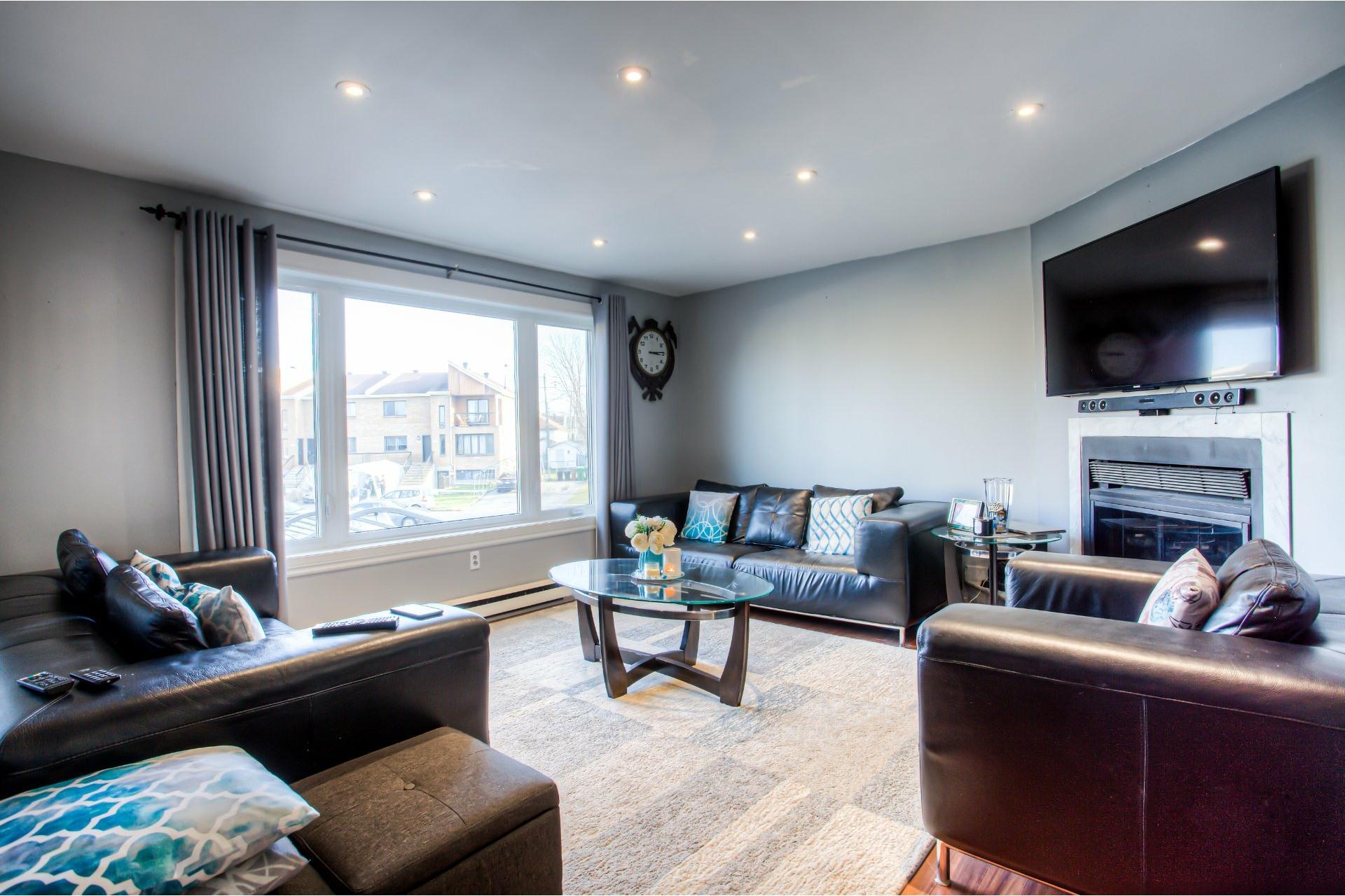 image 3 - House For sale Pierrefonds-Roxboro Montréal  - 8 rooms