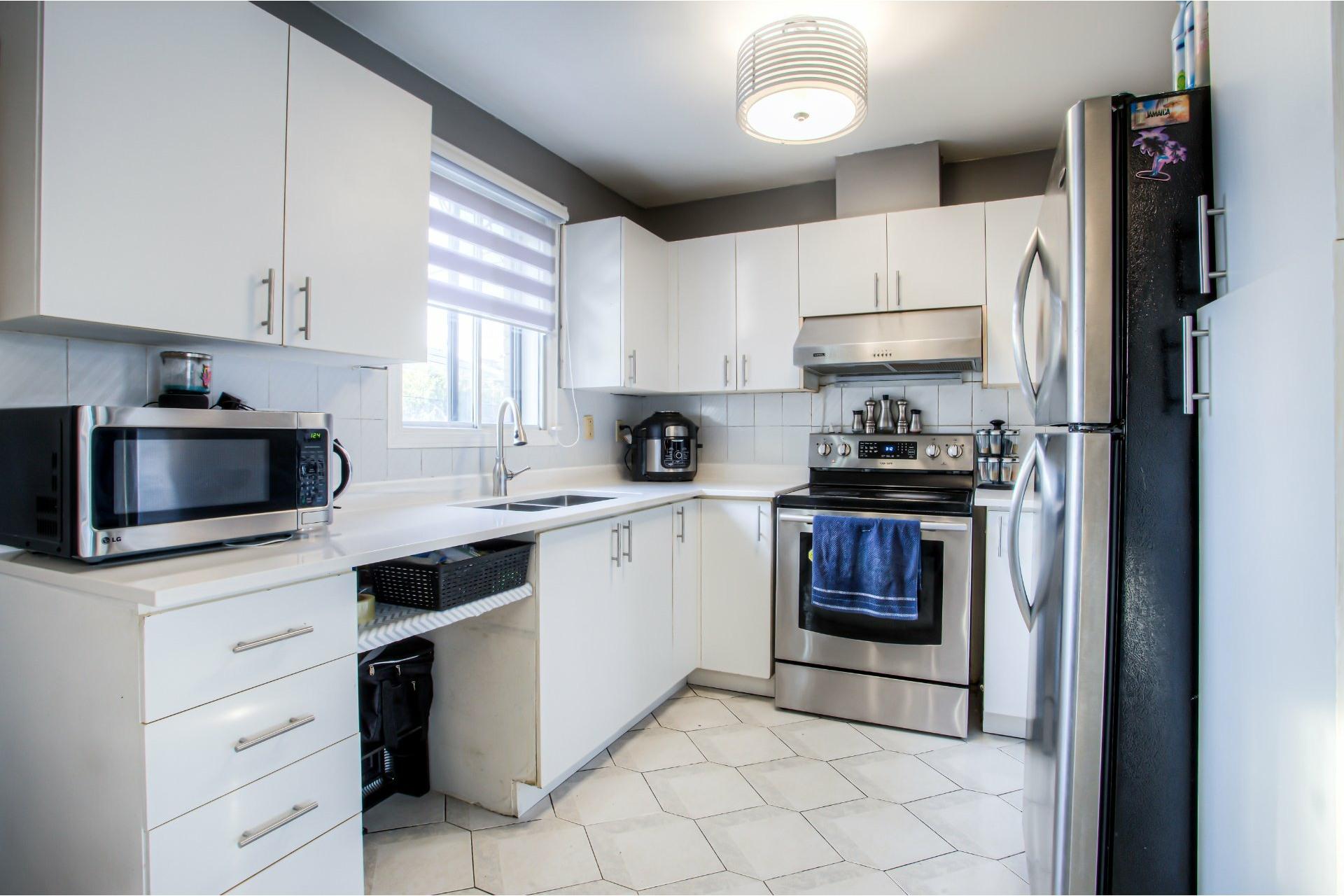 image 9 - House For sale Pierrefonds-Roxboro Montréal  - 8 rooms