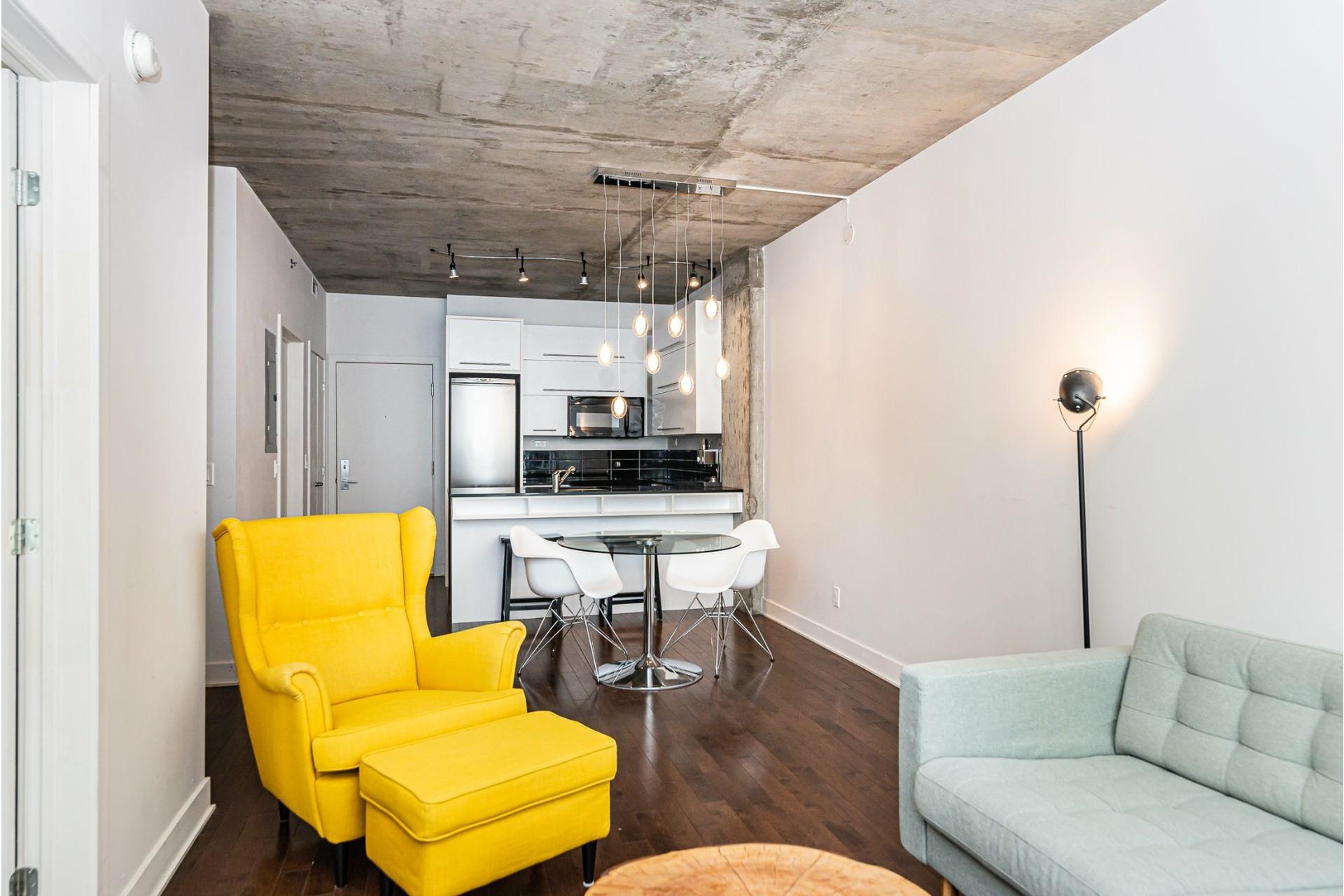 image 3 - Appartement À louer Le Sud-Ouest Montréal  - 5 pièces