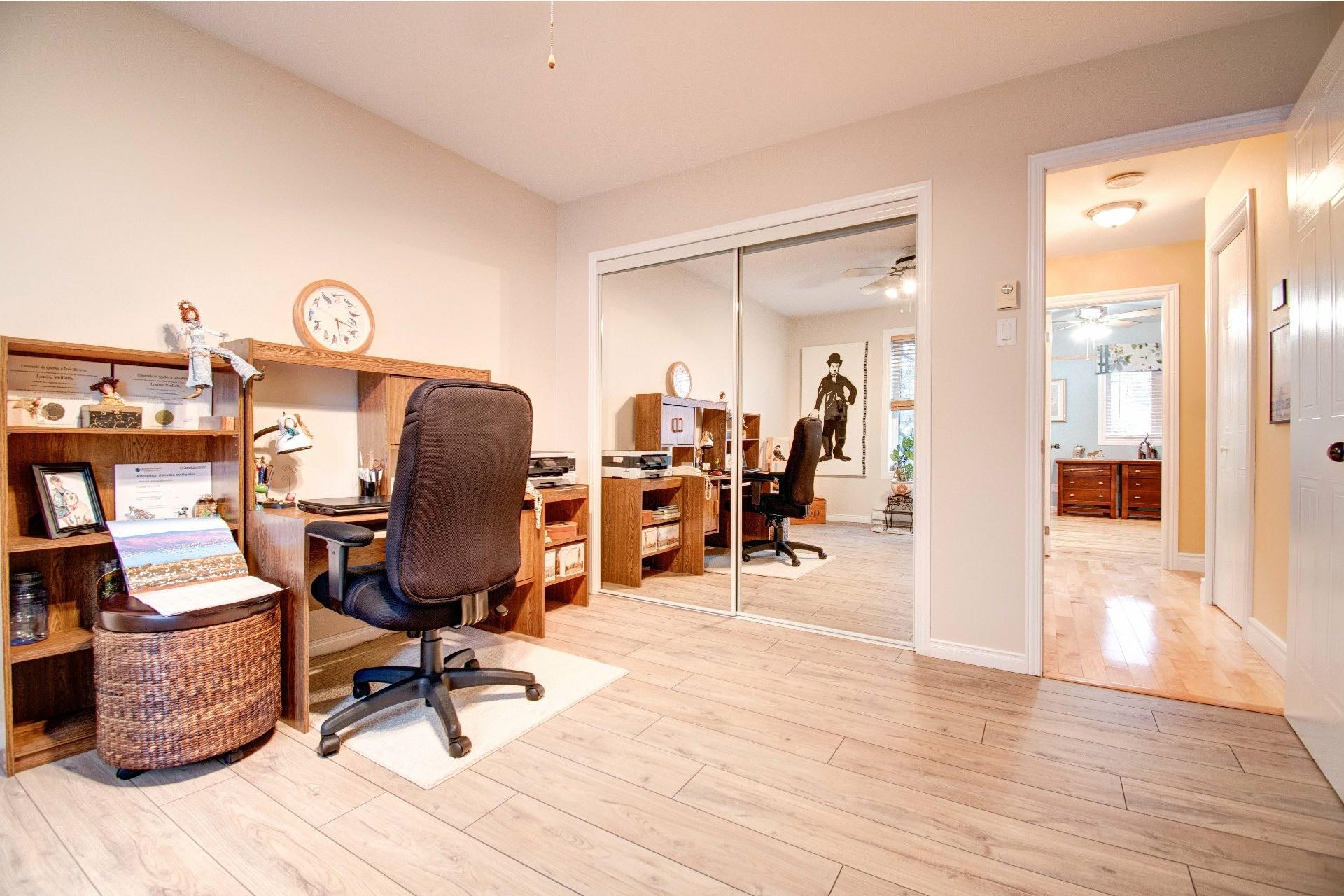 image 11 - Maison À vendre Trois-Rivières - 11 pièces