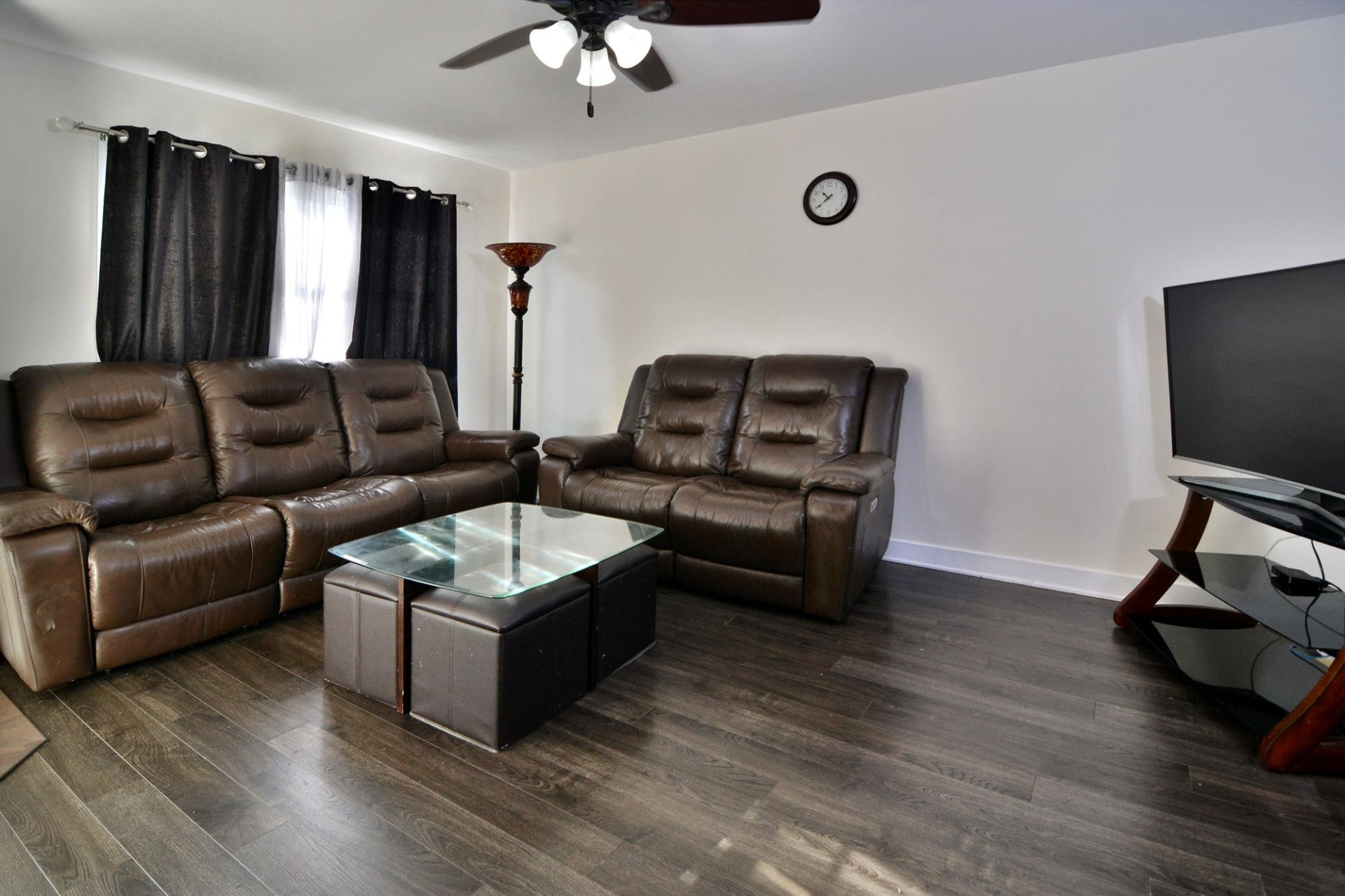 image 2 - House For sale Vaudreuil-Dorion - 7 rooms
