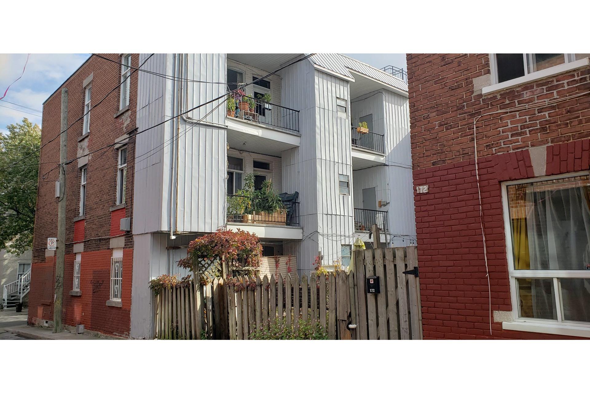 image 4 - Income property For sale Le Plateau-Mont-Royal Montréal  - 4 rooms