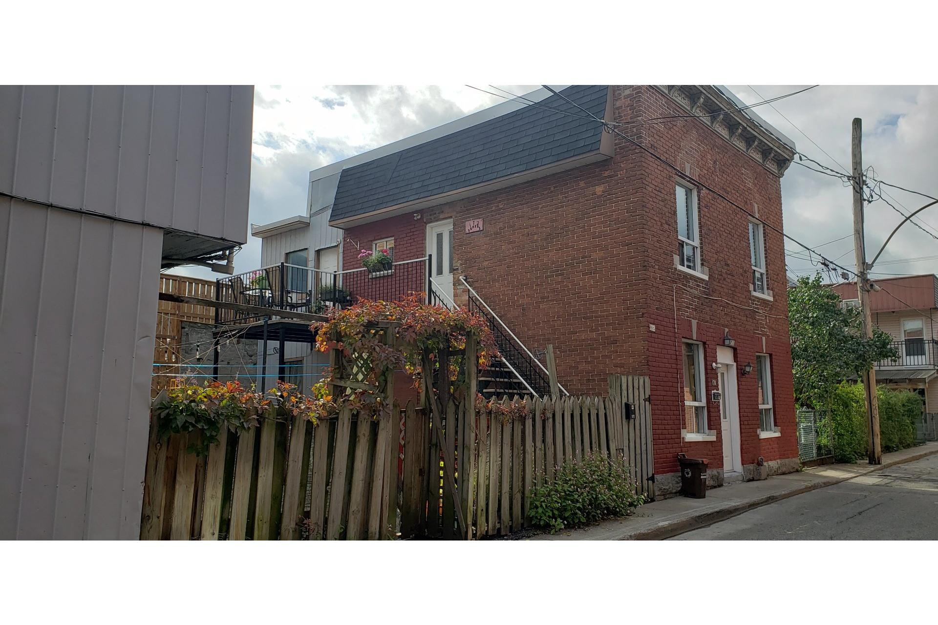 image 2 - Income property For sale Le Plateau-Mont-Royal Montréal  - 4 rooms