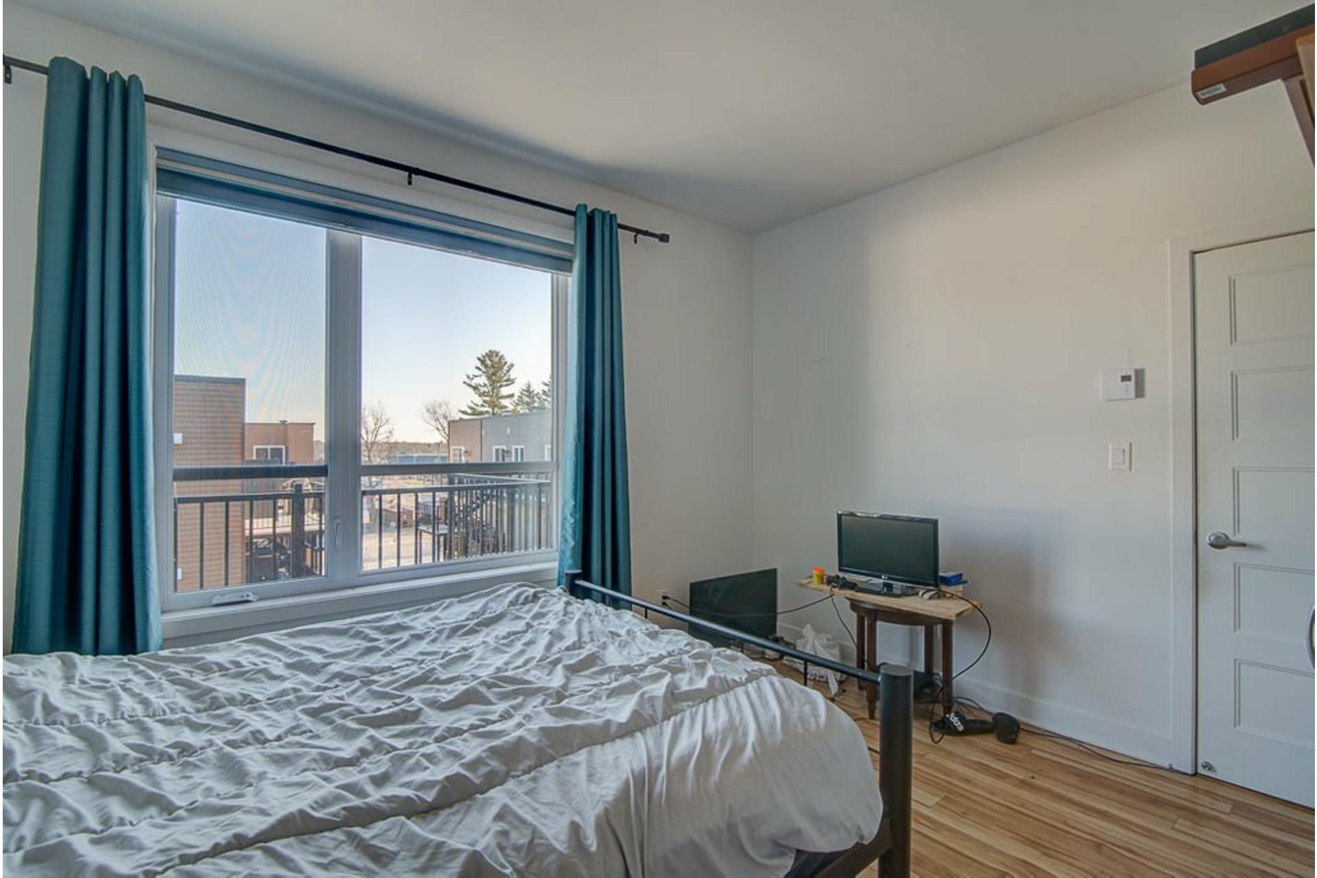 image 19 - Appartement À vendre Sainte-Anne-des-Plaines - 7 pièces