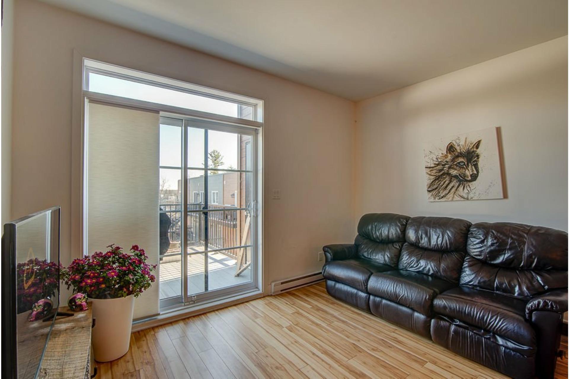 image 5 - Appartement À vendre Sainte-Anne-des-Plaines - 7 pièces
