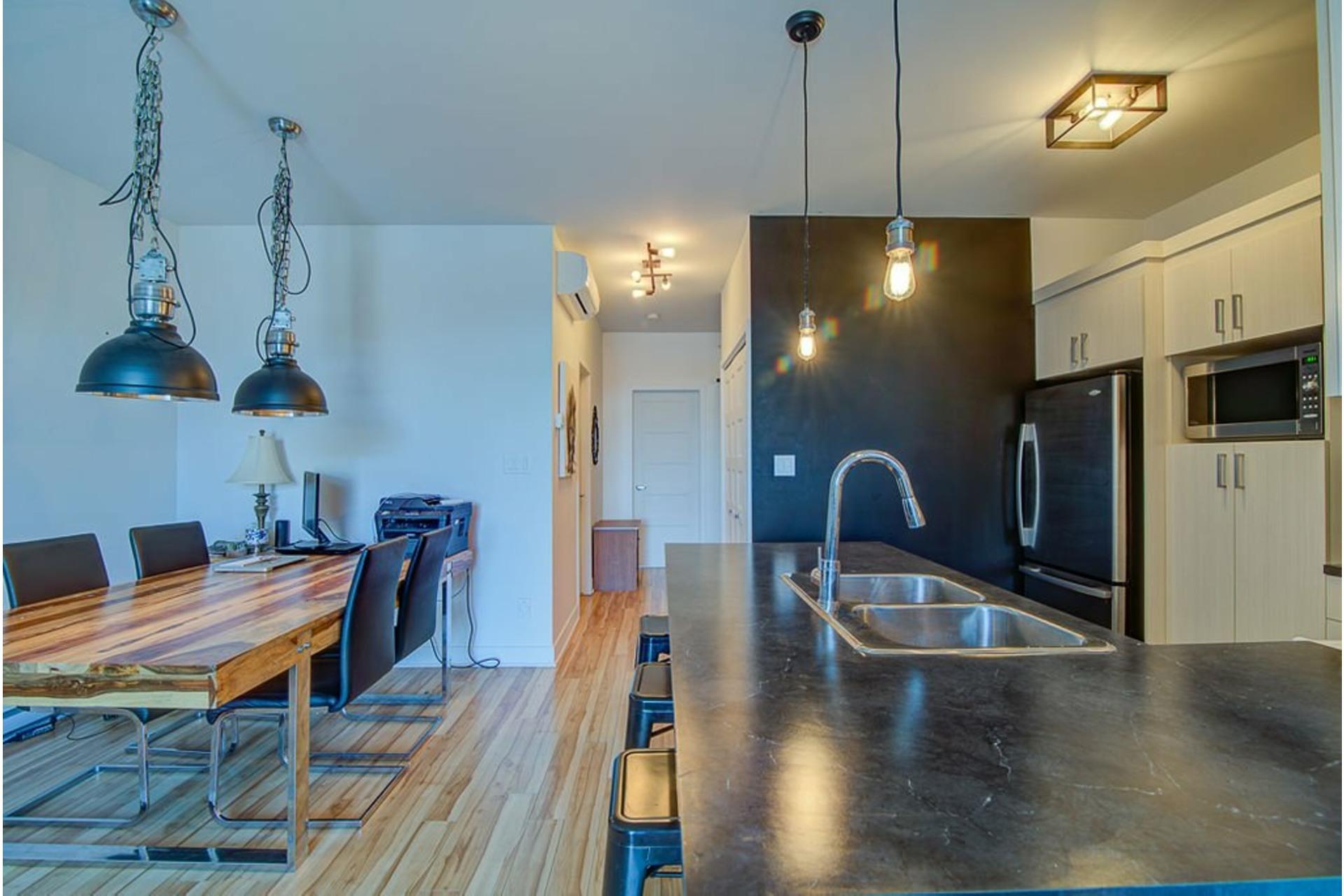 image 13 - Appartement À vendre Sainte-Anne-des-Plaines - 7 pièces