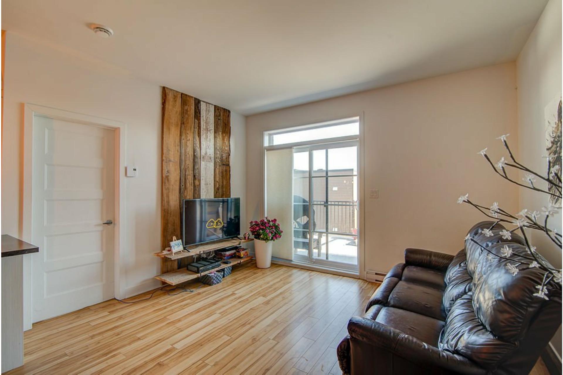 image 4 - Appartement À vendre Sainte-Anne-des-Plaines - 7 pièces