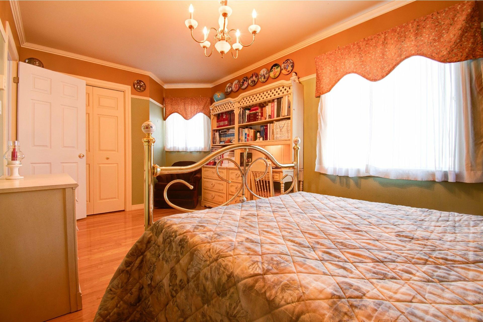 image 16 - Maison À vendre Trois-Rivières - 11 pièces
