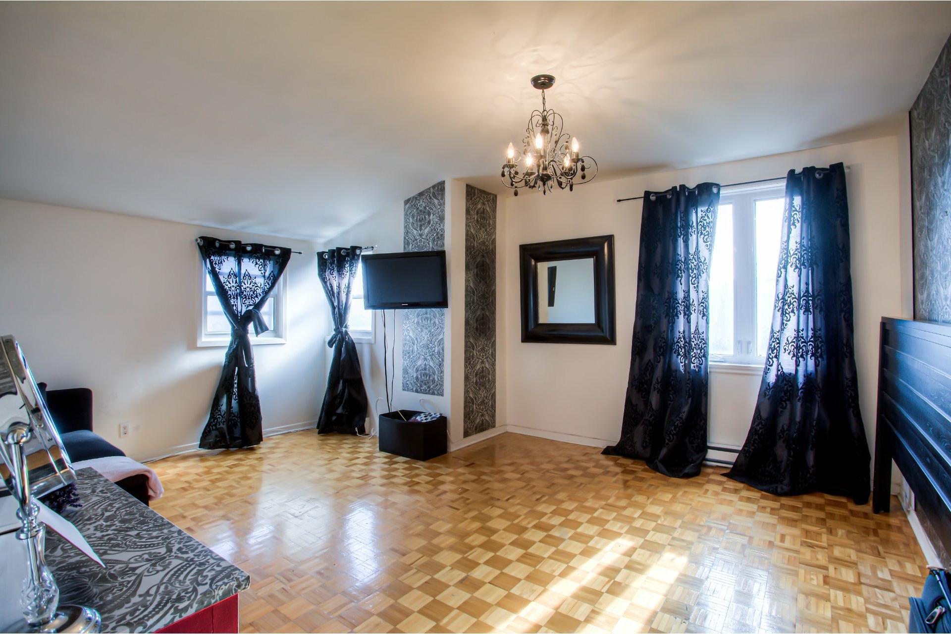 image 12 - House For sale Le Sud-Ouest Montréal  - 13 rooms