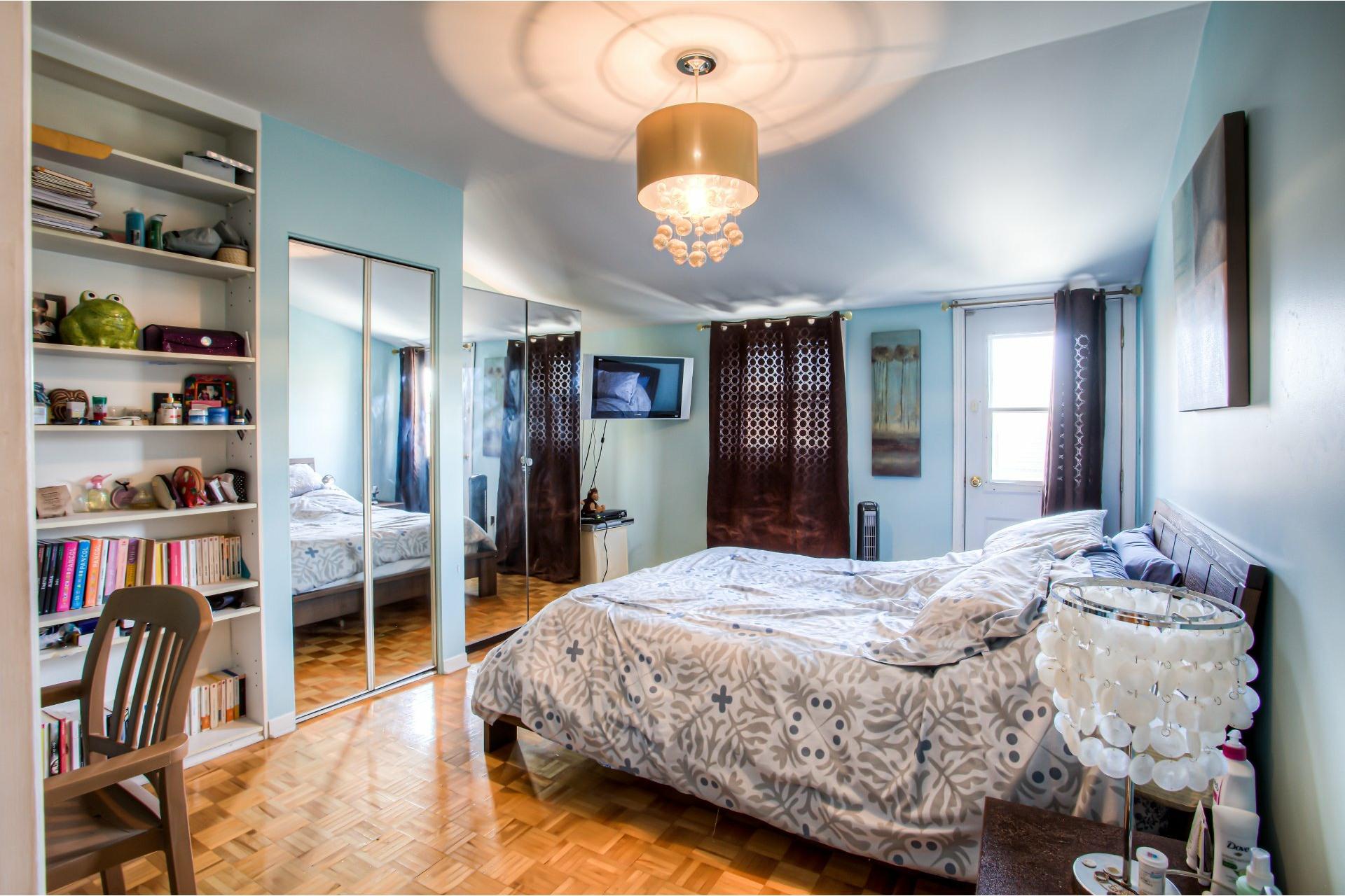 image 11 - House For sale Le Sud-Ouest Montréal  - 13 rooms