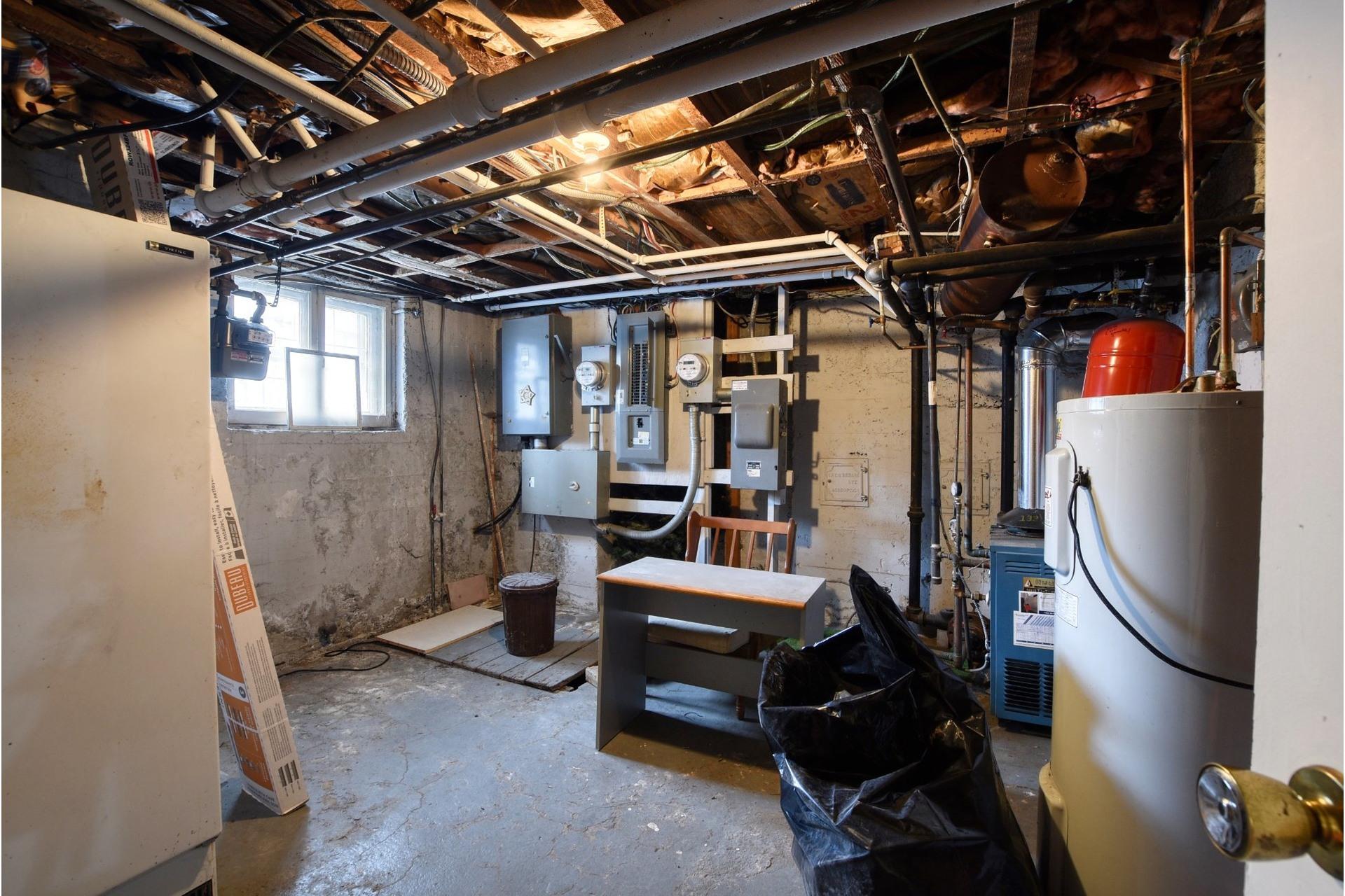 image 21 - Duplex For sale Côte-des-Neiges/Notre-Dame-de-Grâce Montréal  - 8 rooms