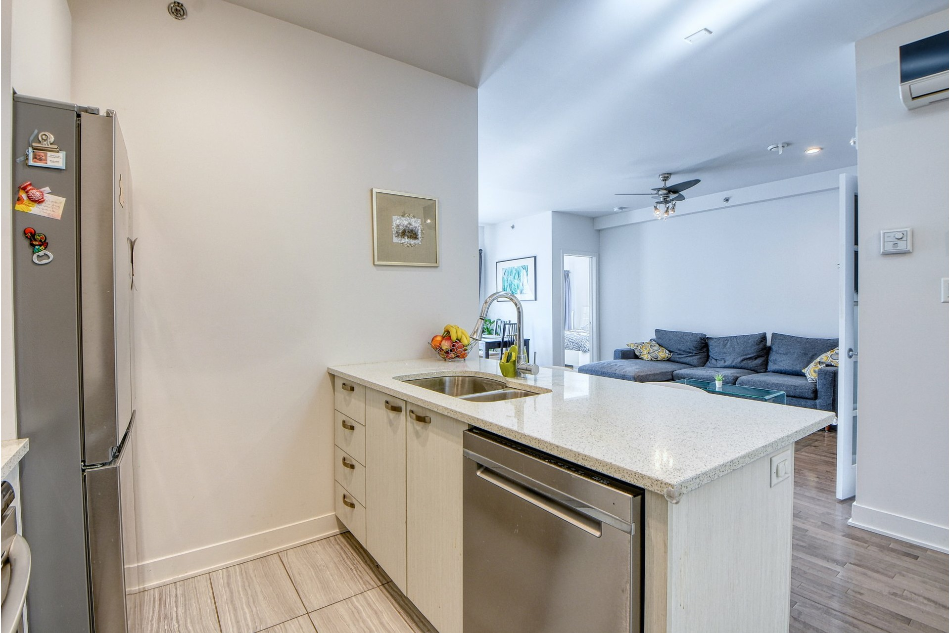 image 6 - Appartement À vendre Le Sud-Ouest Montréal  - 8 pièces