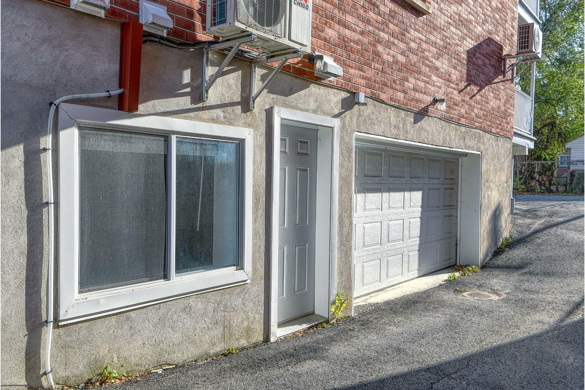 image 14 - Appartement À vendre LaSalle Montréal  - 4 pièces