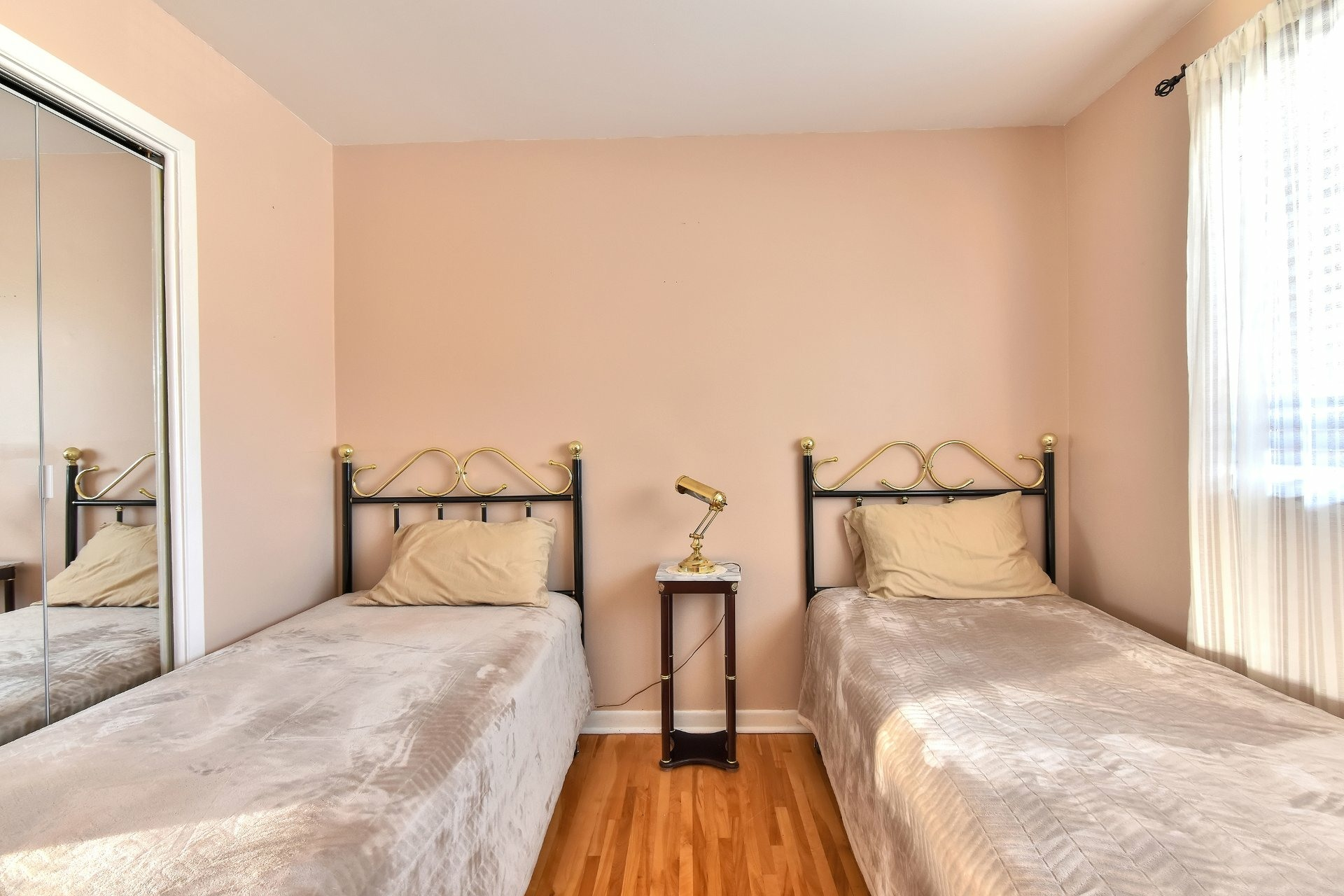image 18 - House For sale Chomedey Laval  - 12 rooms
