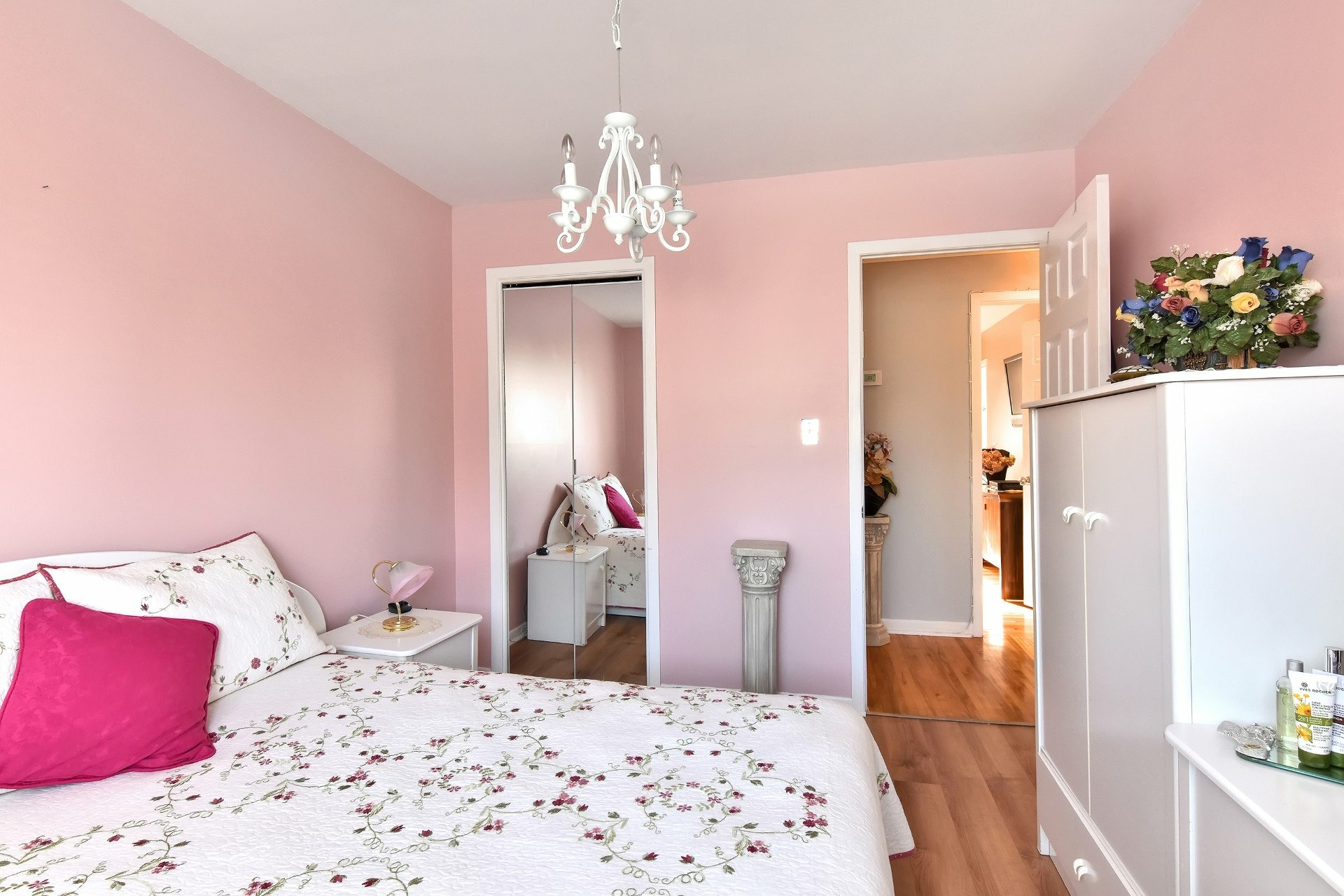 image 10 - House For sale Chomedey Laval  - 12 rooms
