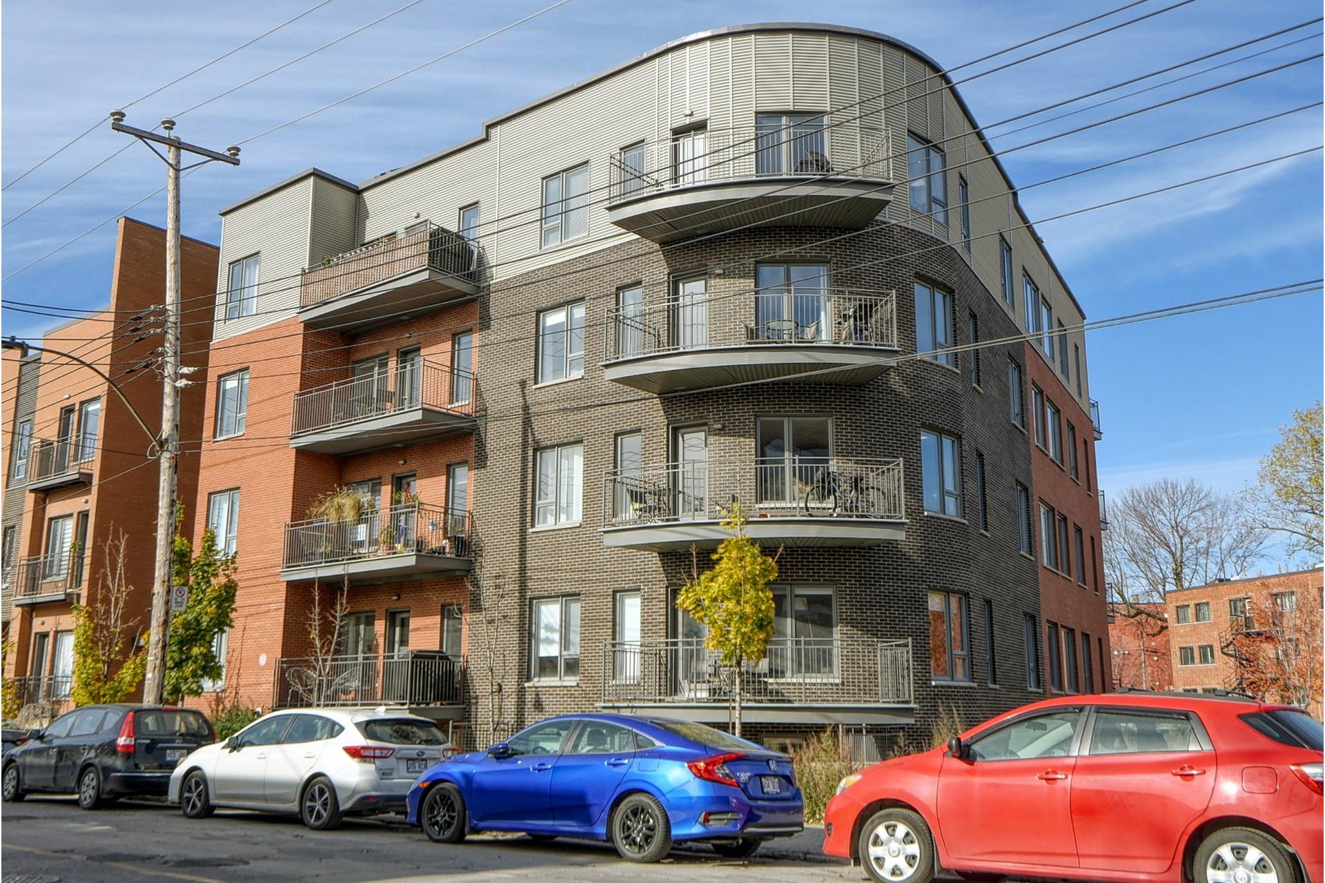 image 0 - Appartement À vendre Le Sud-Ouest Montréal  - 8 pièces