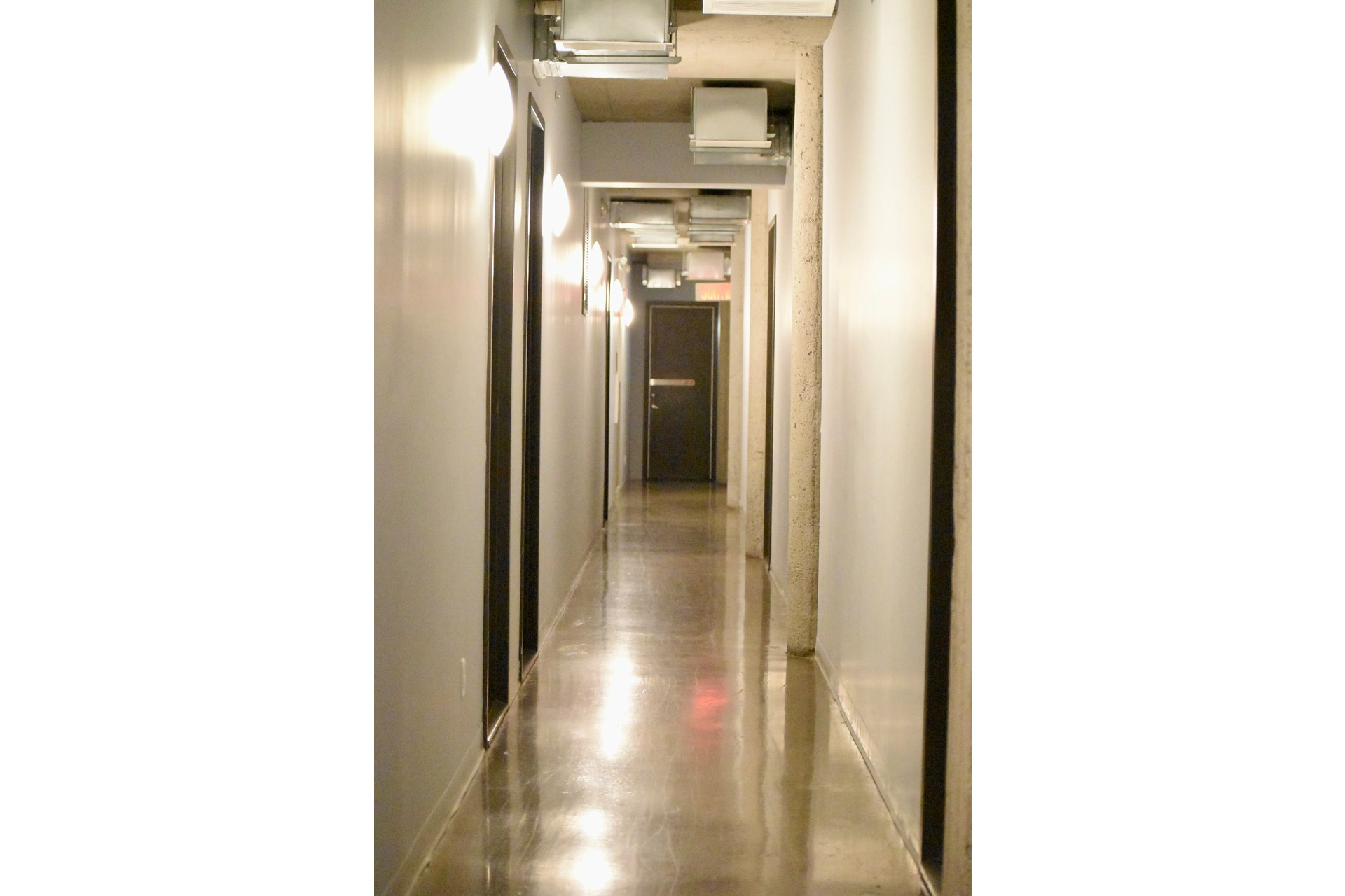image 27 - Apartment For rent Villeray/Saint-Michel/Parc-Extension Montréal  - 5 rooms