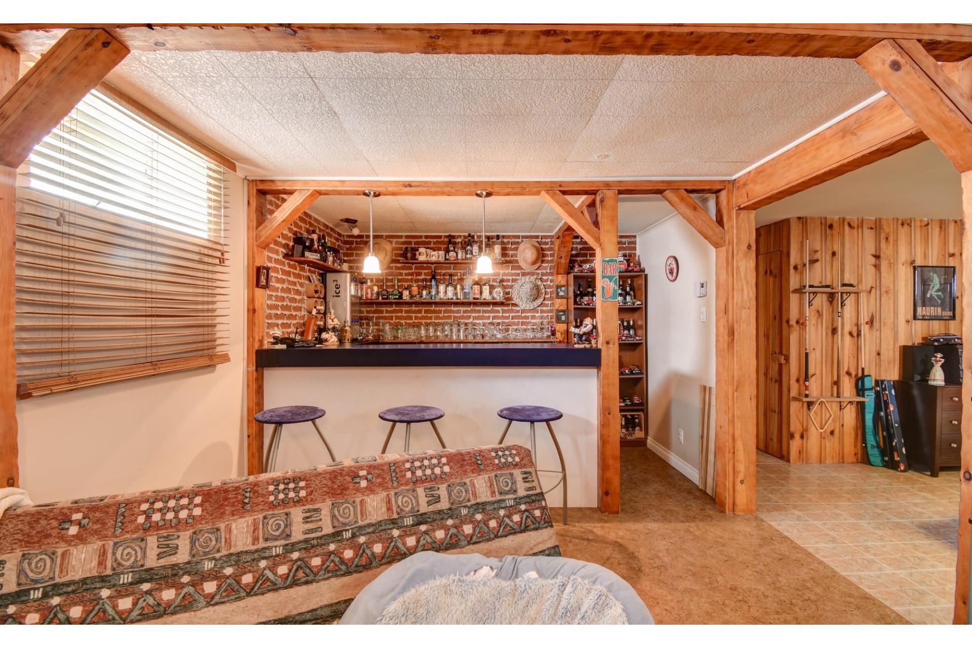 image 21 - Maison À vendre Shawinigan - 13 pièces
