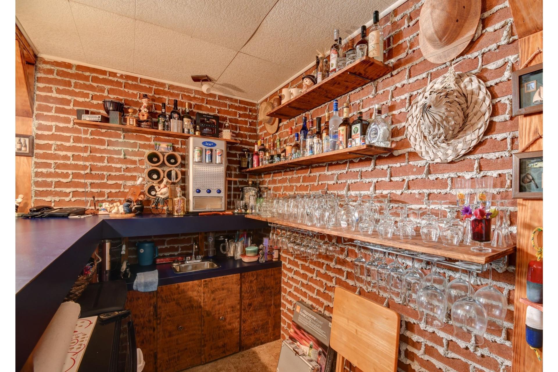 image 23 - Maison À vendre Shawinigan - 13 pièces