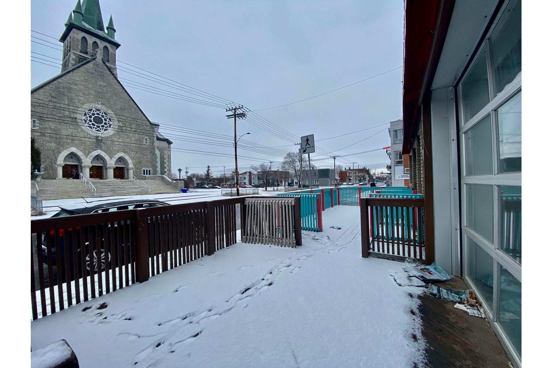 image 12 - Quadruplex For sale Lachine Montréal  - 5 rooms