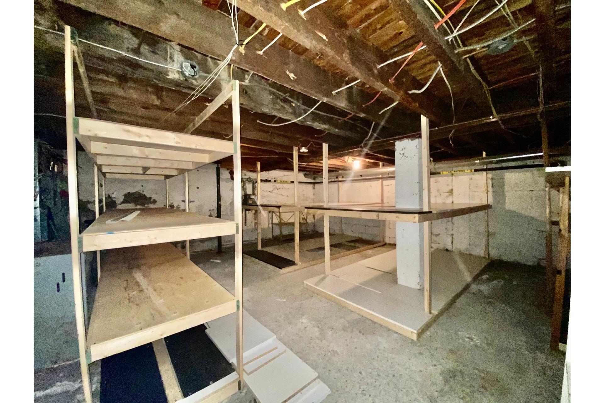 image 11 - Quadruplex For sale Lachine Montréal  - 5 rooms