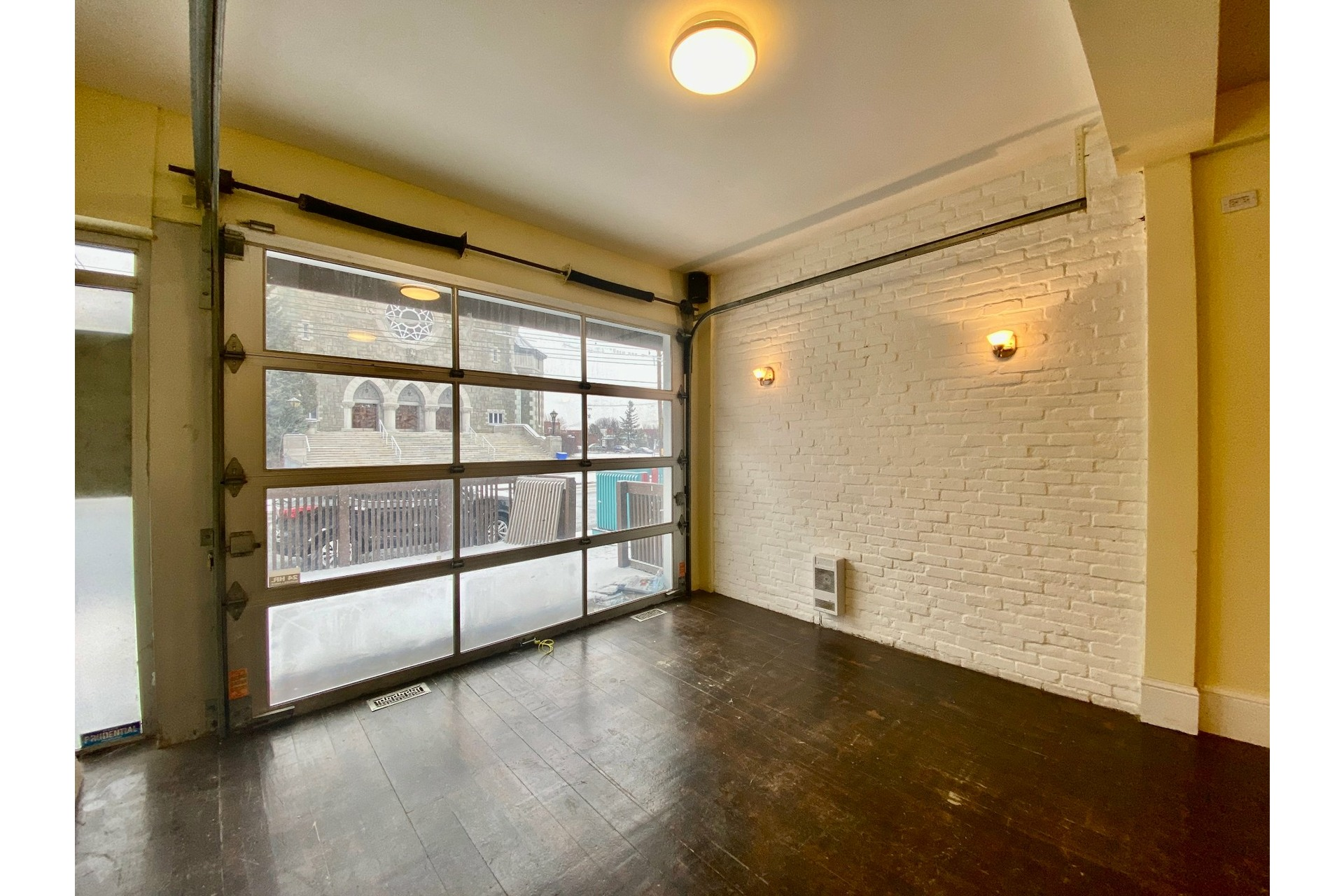 image 1 - Quadruplex For sale Lachine Montréal  - 5 rooms