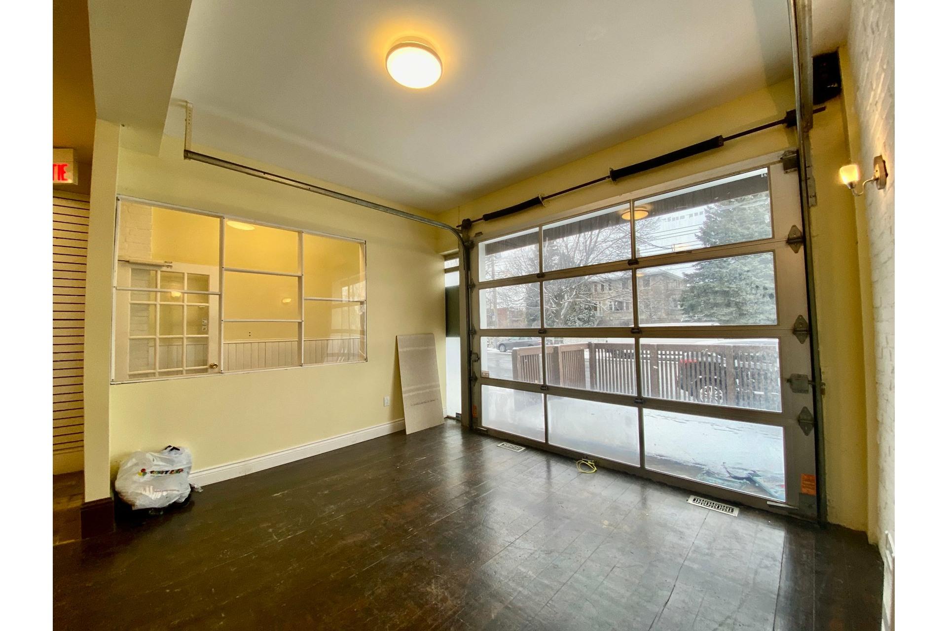 image 2 - Quadruplex For sale Lachine Montréal  - 5 rooms