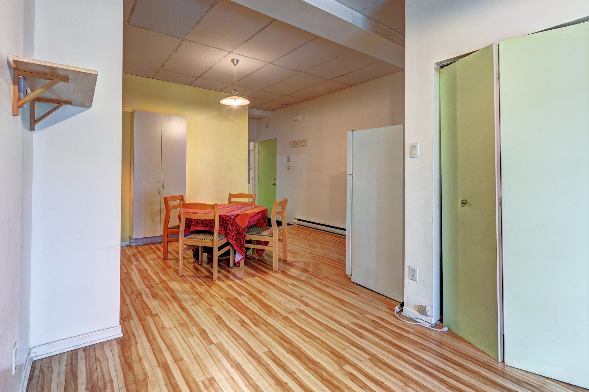 image 17 - Quadruplex For sale Ville-Marie Montréal  - 4 rooms